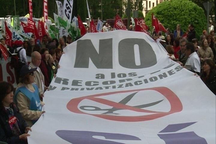 PSM apoya la »Marea Blanca» y acusa al Gobierno regional de tener «intereses opacos» en la externalización