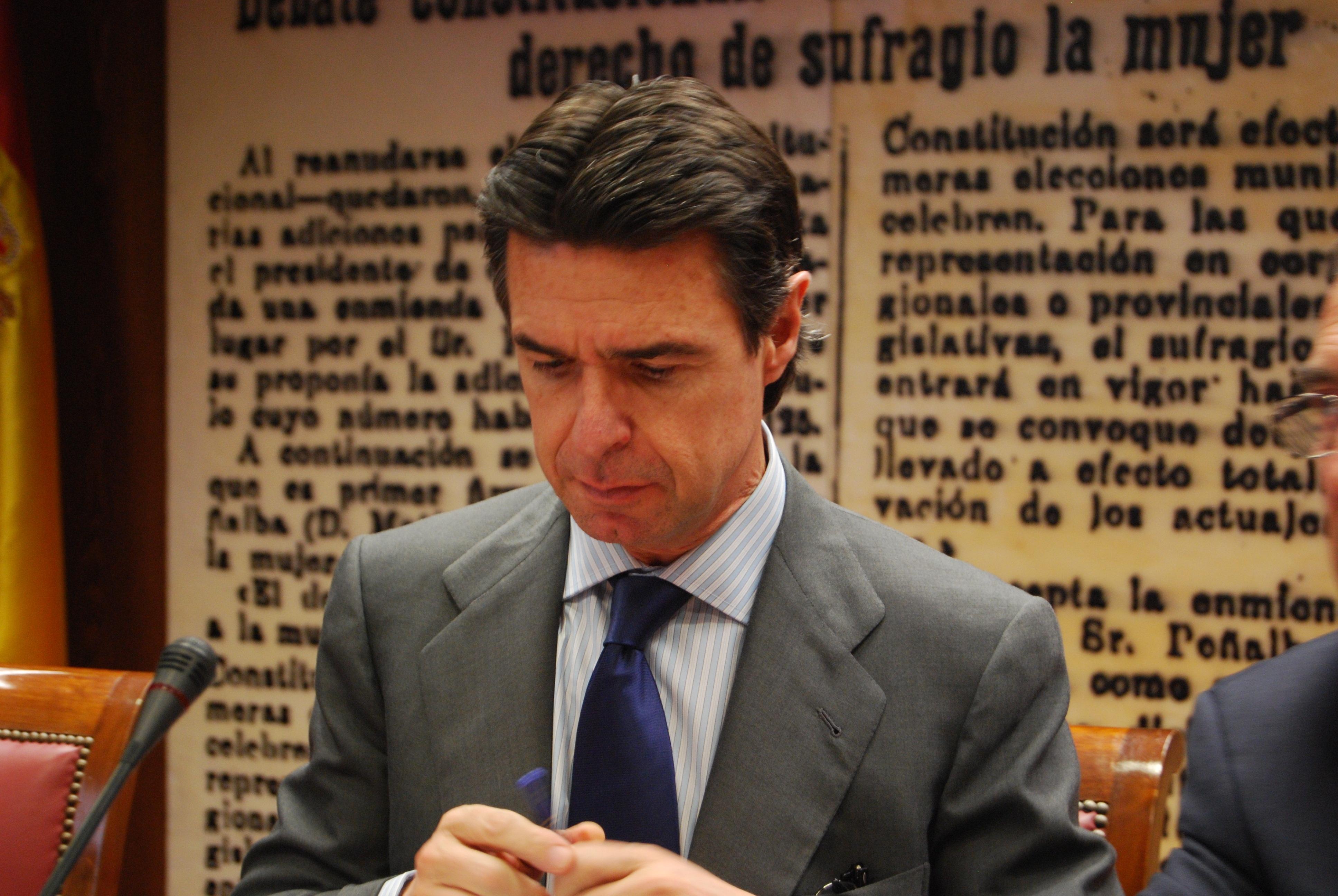 Soria dice que las pymes tienen aún un «problema serio» de financiación pese a la mejora en los mercados