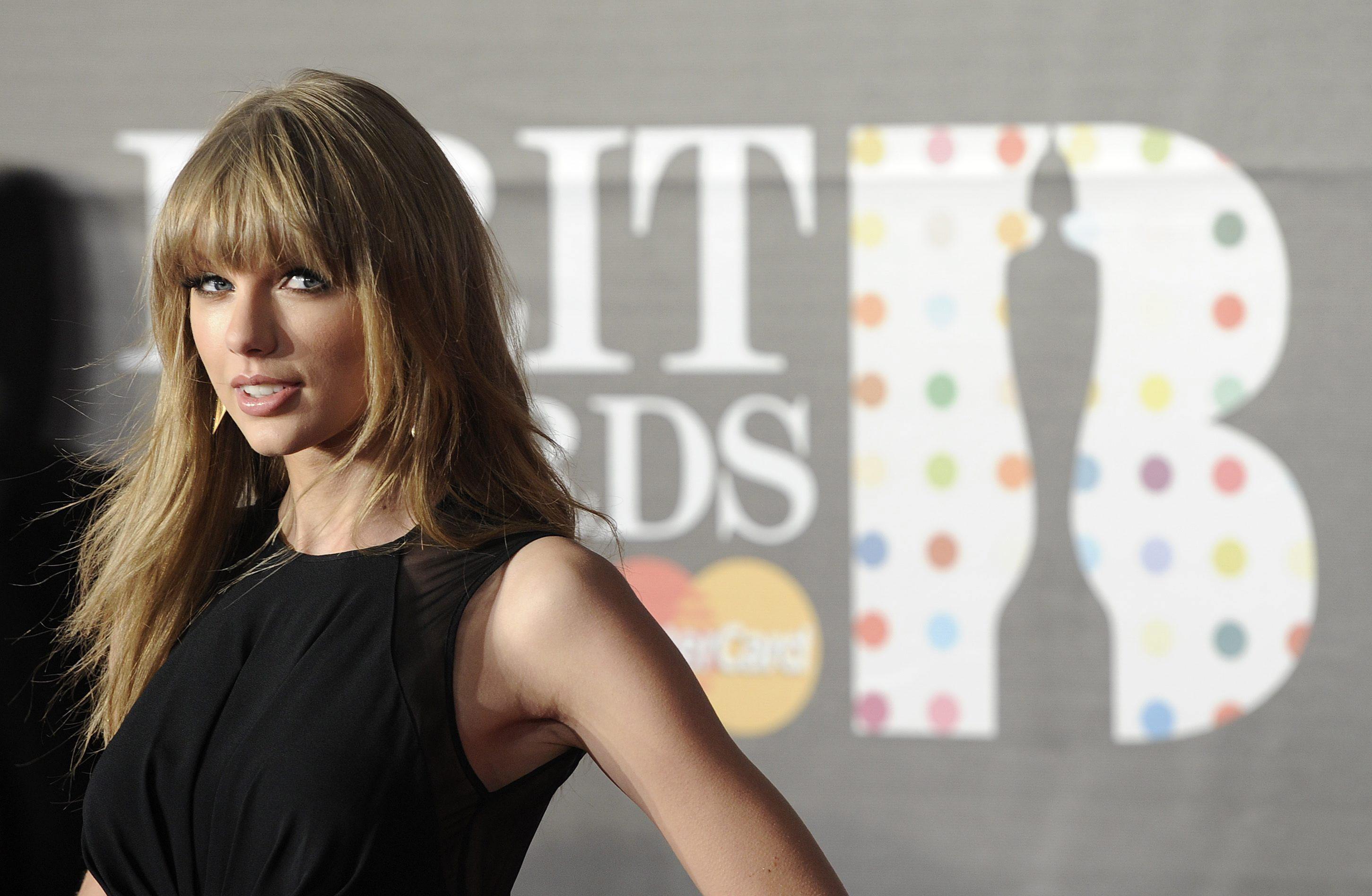 Taylor Swift reina en los premios Billboard con ocho galardones