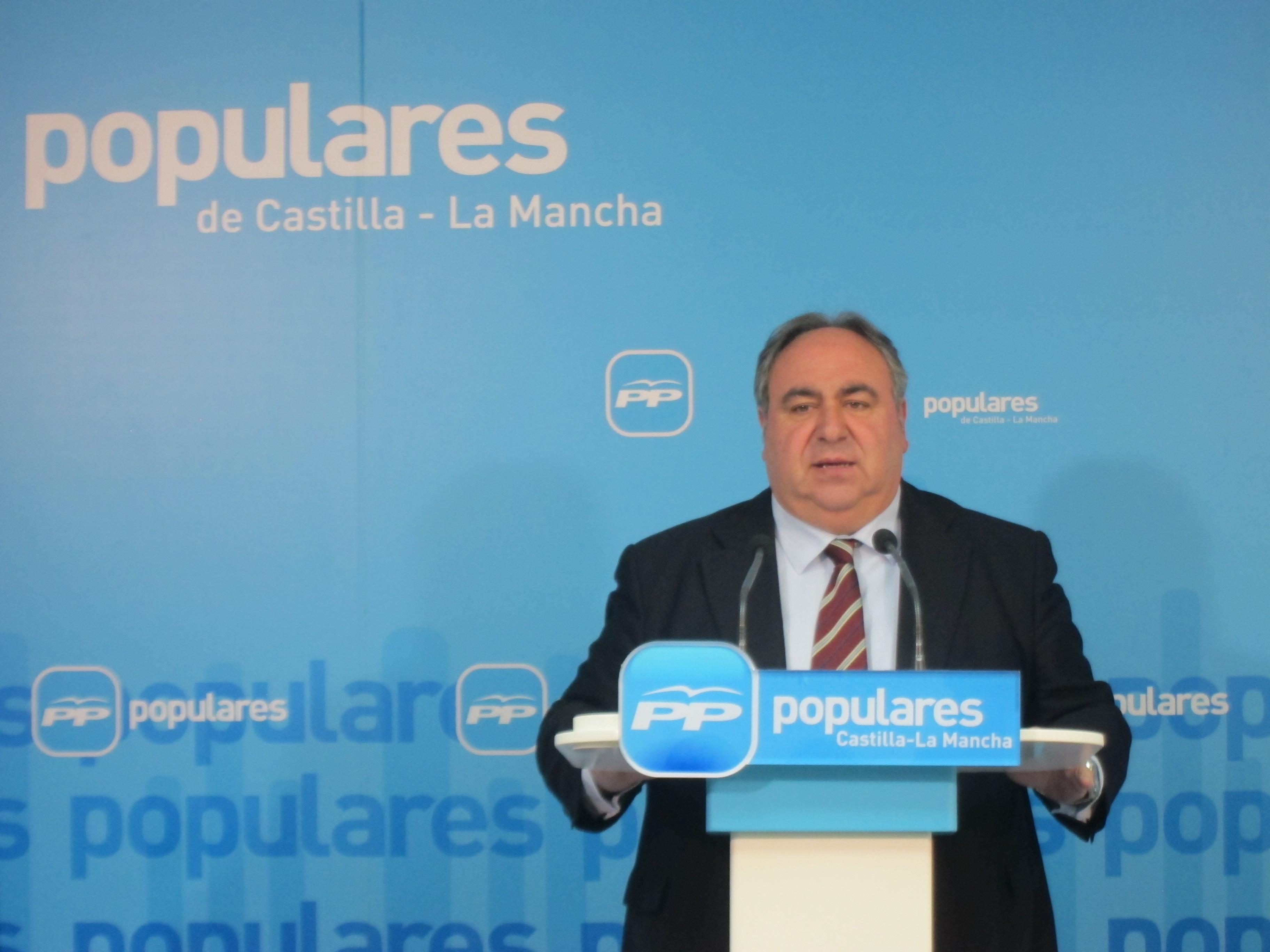 Tirado asegura que las encuestas reflejan que hay un PSOE «a la baja» y un PP «con un liderazgo indiscutible»