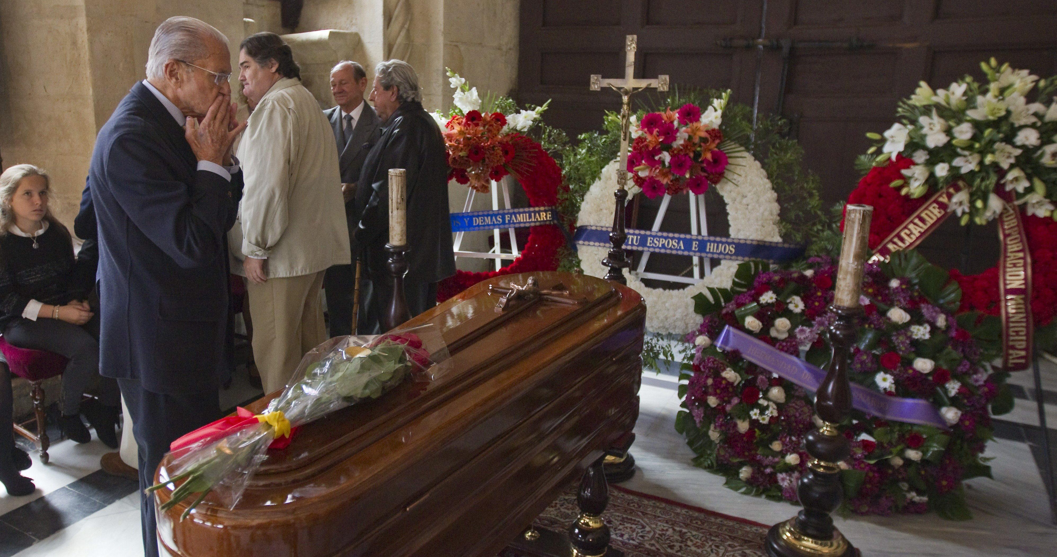 El mundo del toro llora la muerte de Pepe Luis Vázquez en las redes sociales