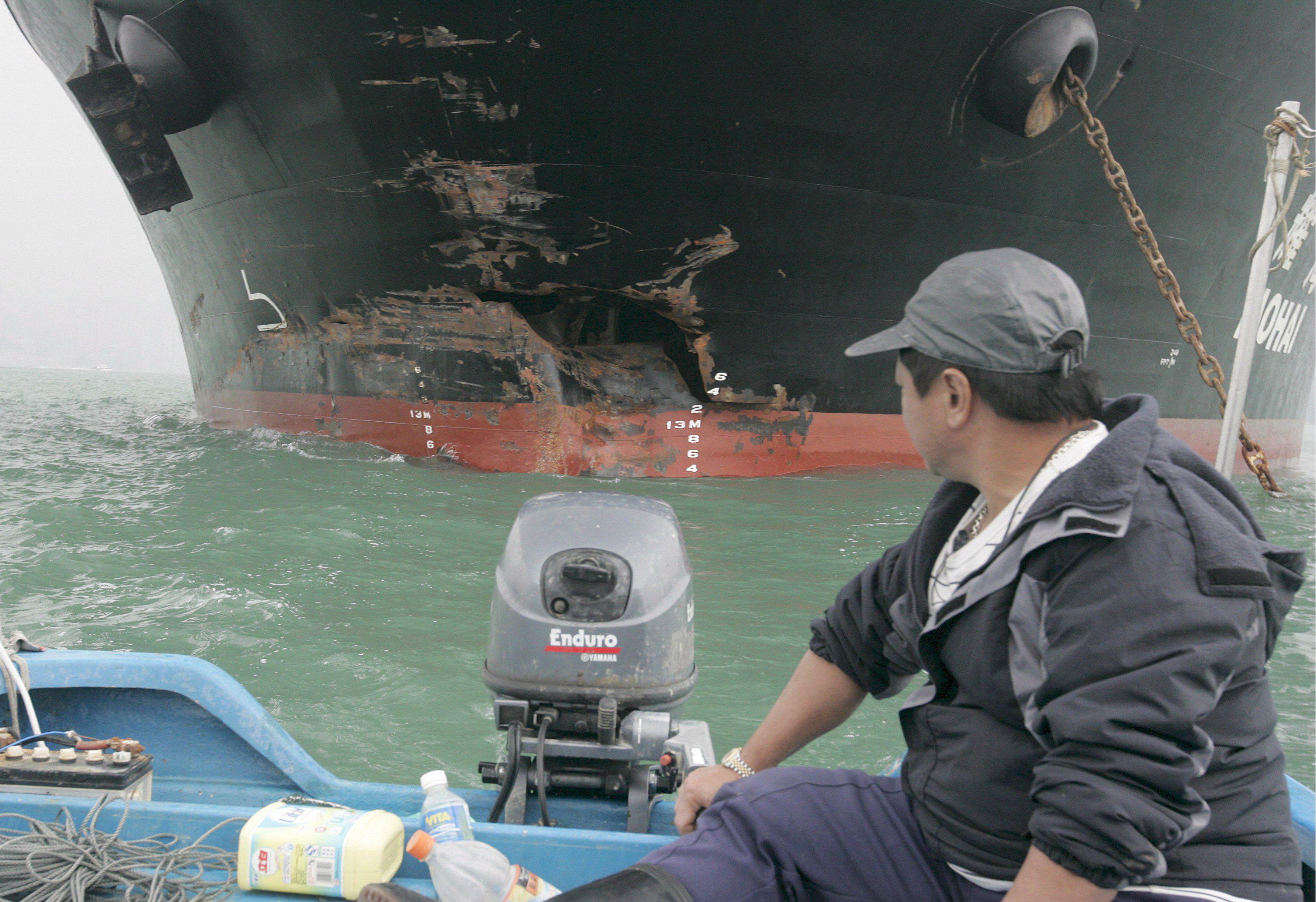 Un barco de Corea del norte secuestra a 16 pescadores chinos y pide una  recompensa
