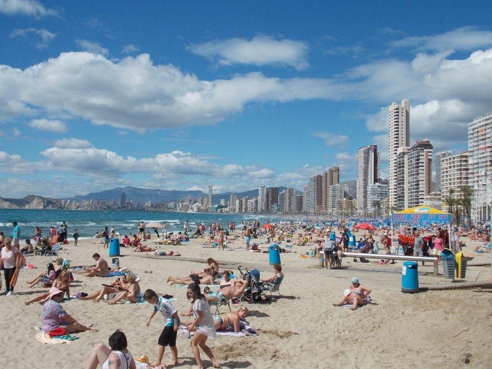 La ocupación hotelera de Benidorm (Alicante) crece 7 puntos hasta alcanzar el 85,4% en la primera quincena de mayo