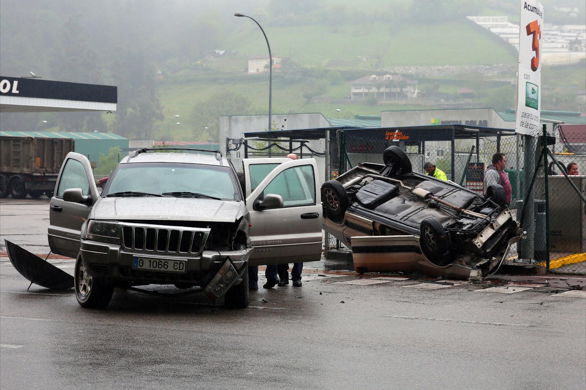 El 59,4% de las víctimas de accidentes de tráfico en Murcia sufrió un esguince cervical en 2012, según estudio