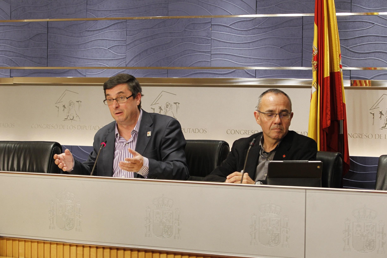 IU-ICV avisa al PP de que los casos Gürtel y Bárcenas le perseguirán toda la legislatura: No se van a tapar