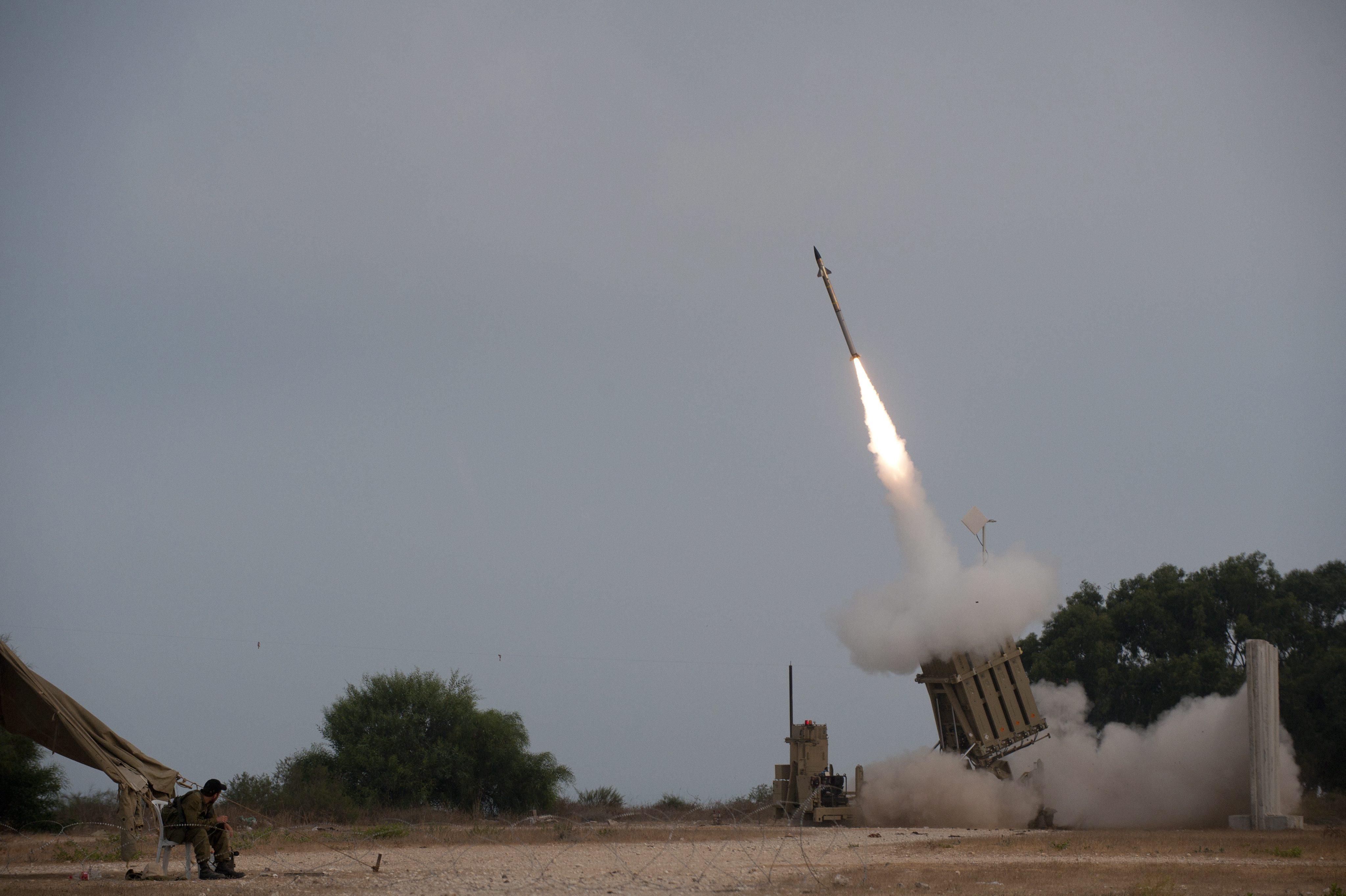 Israel bombardea en Siria el origen de los disparos al Golán