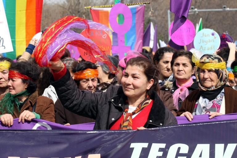 La violencia de género se cobra cada día la vida de cinco mujeres en Turquía