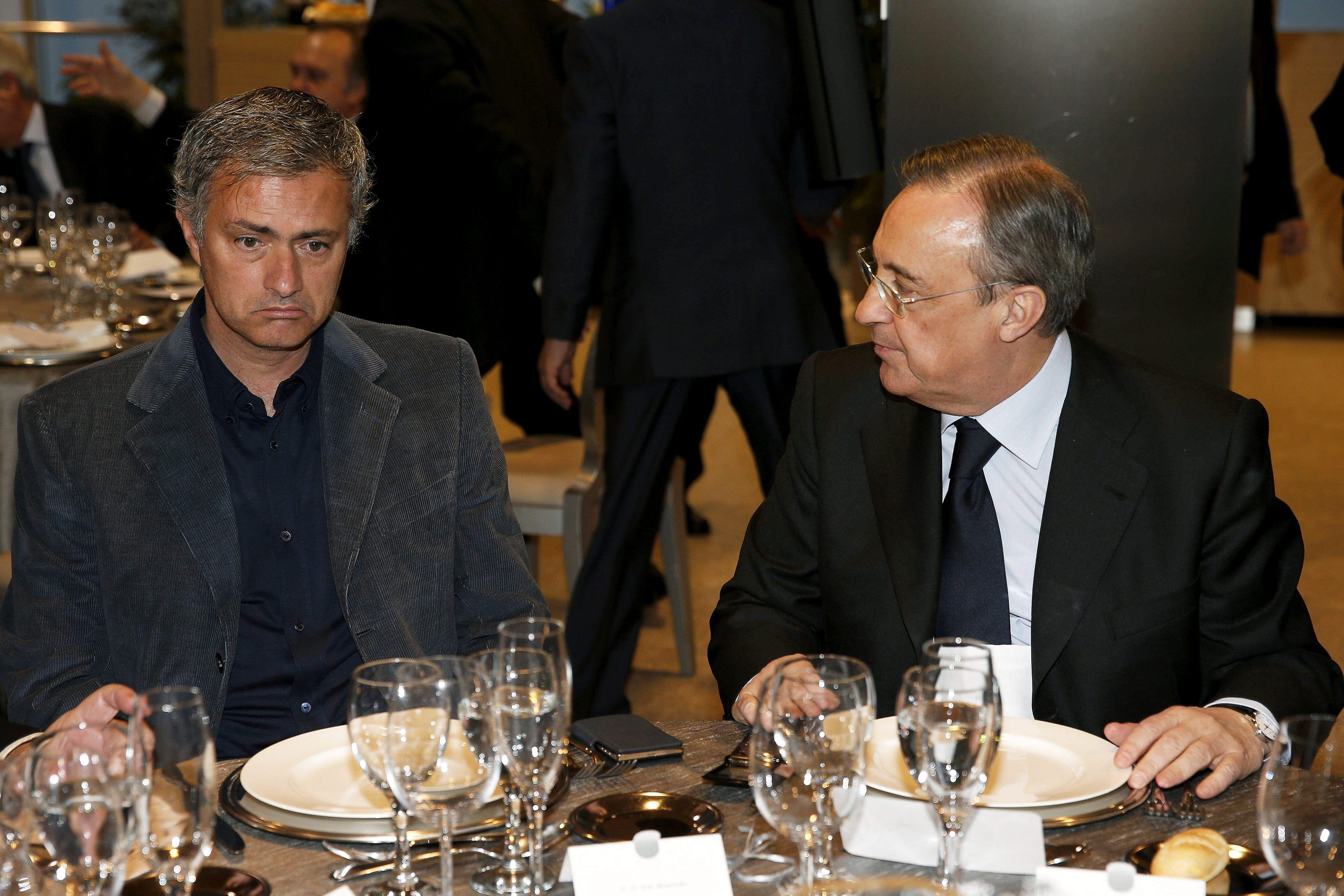 La marcha de José Mourinho copa las portadas