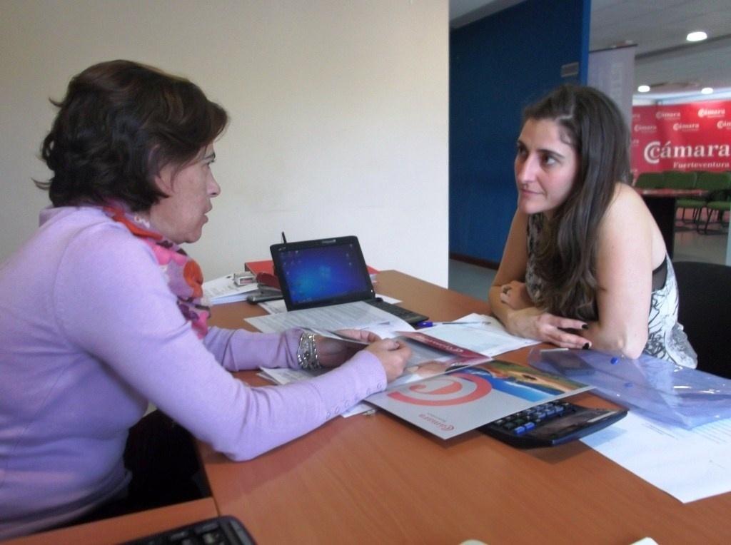 Un total de 21 mujeres accedieron al mundo empresarial de Fuerteventura en 2012 con el PAEM