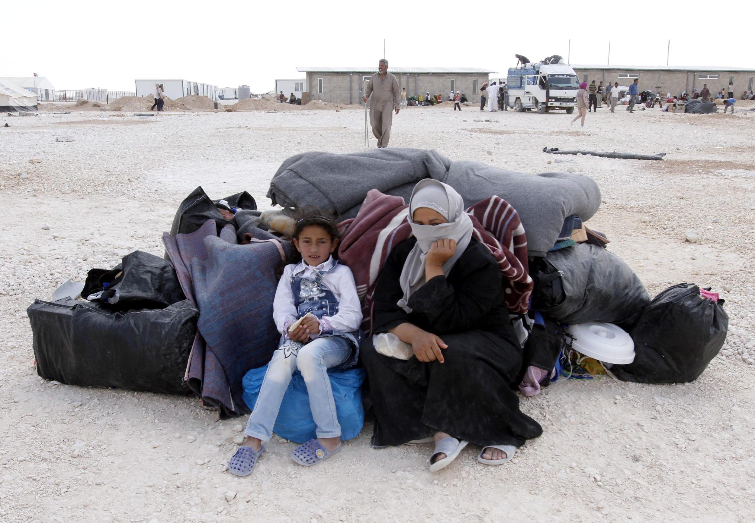 Jordania impide la entrada a miles de refugiados sirios por primera vez en dos años