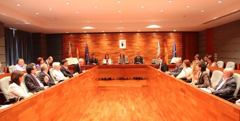 El Ayuntamiento de Torrent rechaza con los votos del PP crear una comisión sobre el accidente de metro de Valencia
