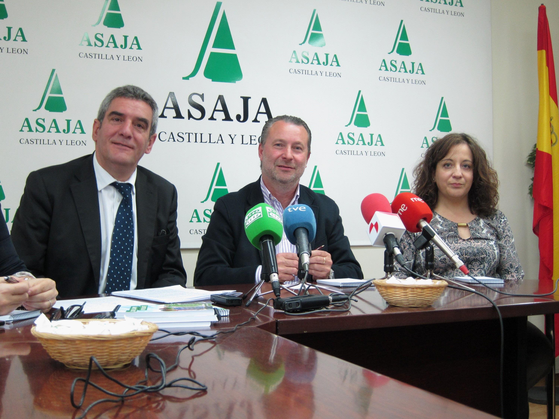Asaja y PSCL critican que la futura Ley Agraria no es transversal y omite cuestiones de Medio Ambiente y Fomento