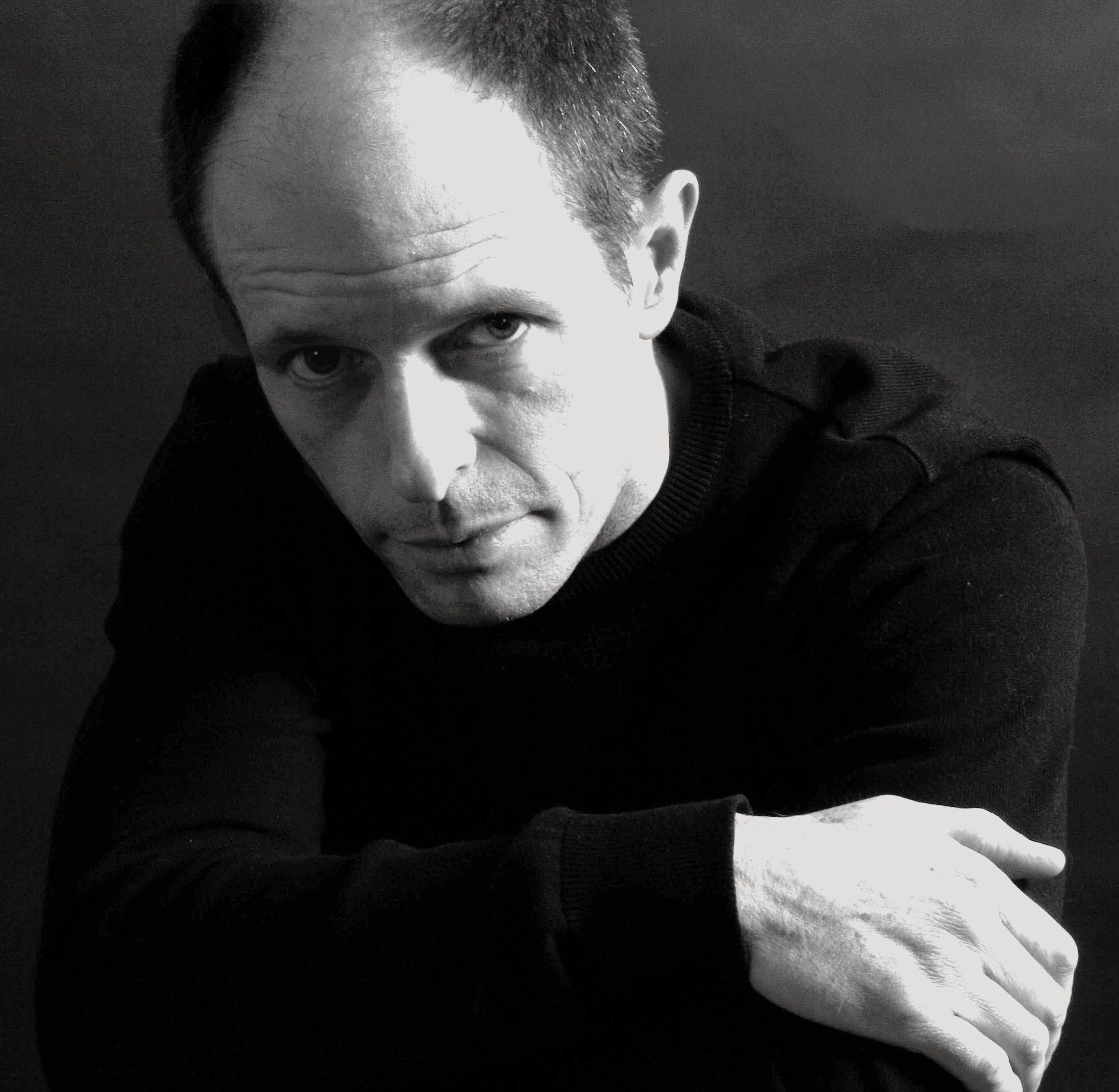 El autor Bernard Minier recupera al comandante Martin Servaz de su primera novela