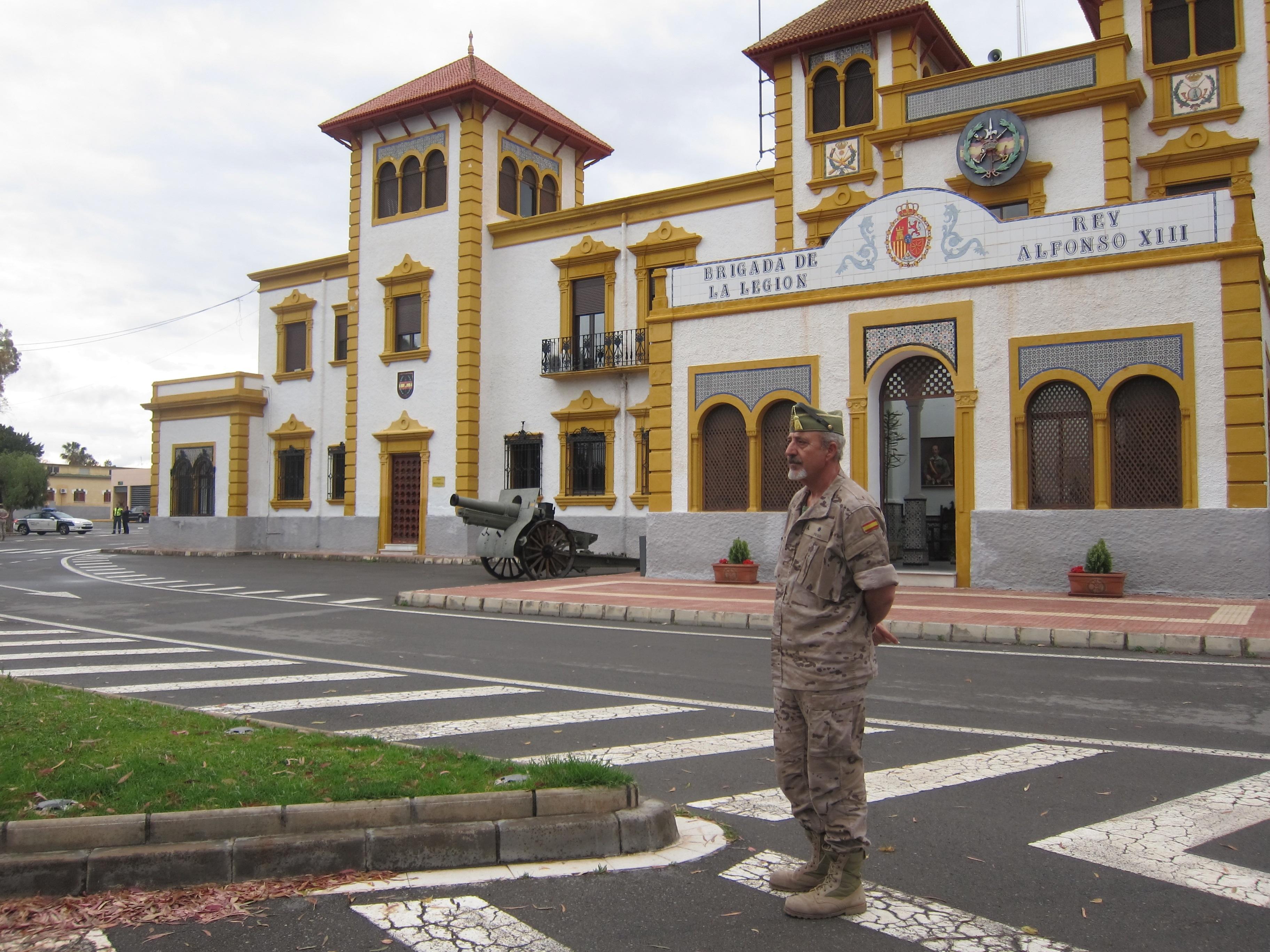 Juez entrega a los familiares los restos mortales de los militares muertos en la explosión en la base de Viator
