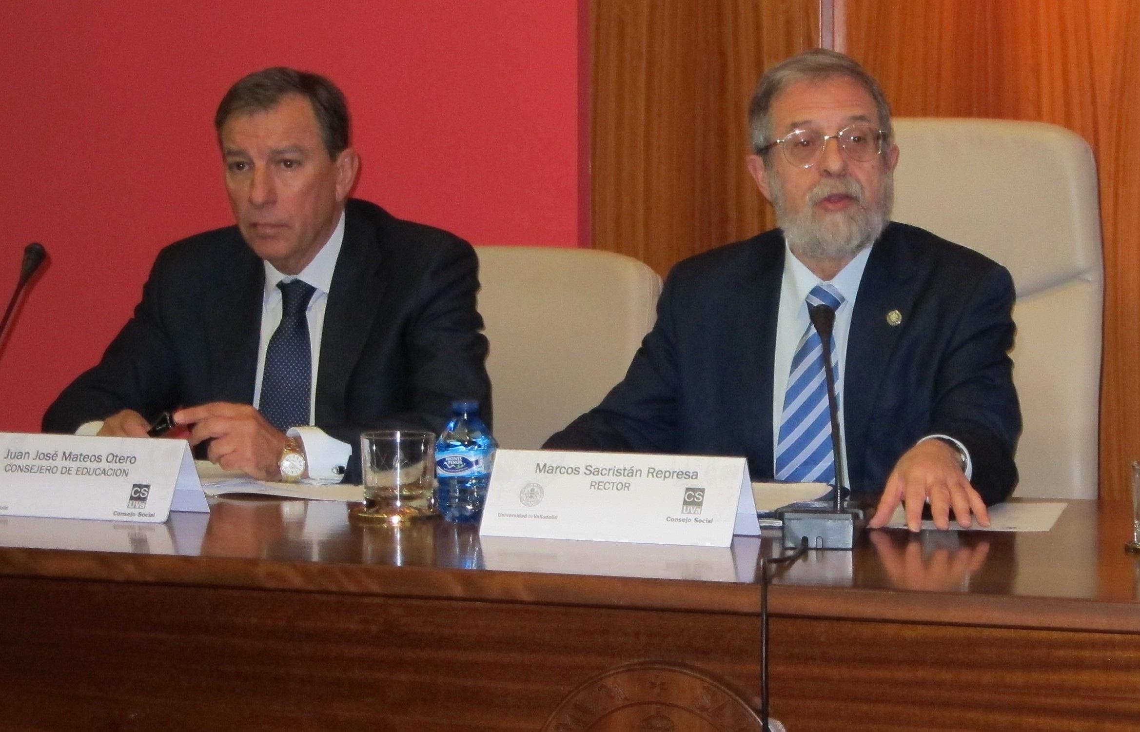 La Junta se verá «obligada» a «tomar una decisión» sobre el mapa de titulaciones si no hay acuerdo entre universidades