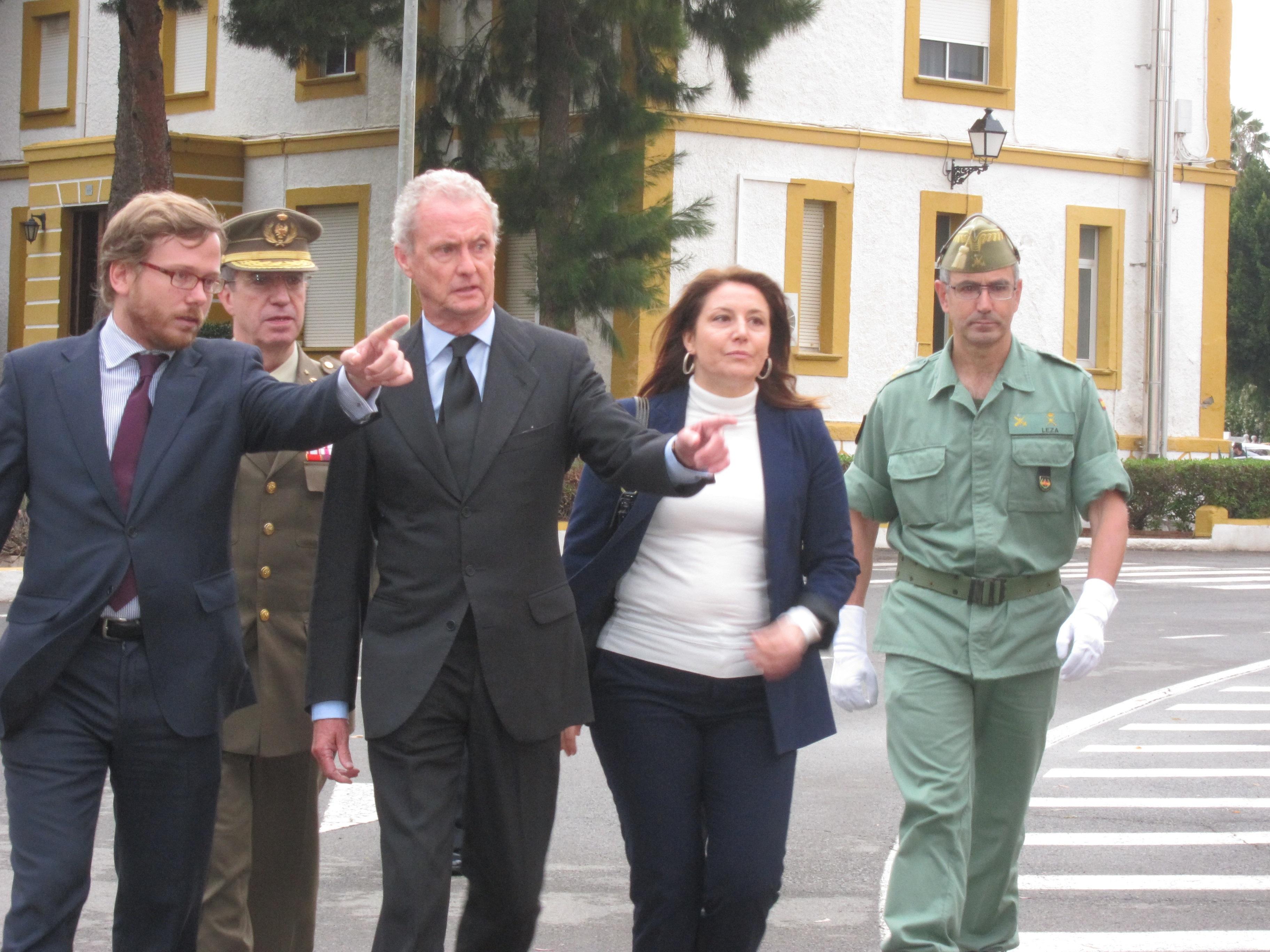 Morenés preside mañana en Viator (Almería) el funeral por los tres legionarios muertos en una explosión