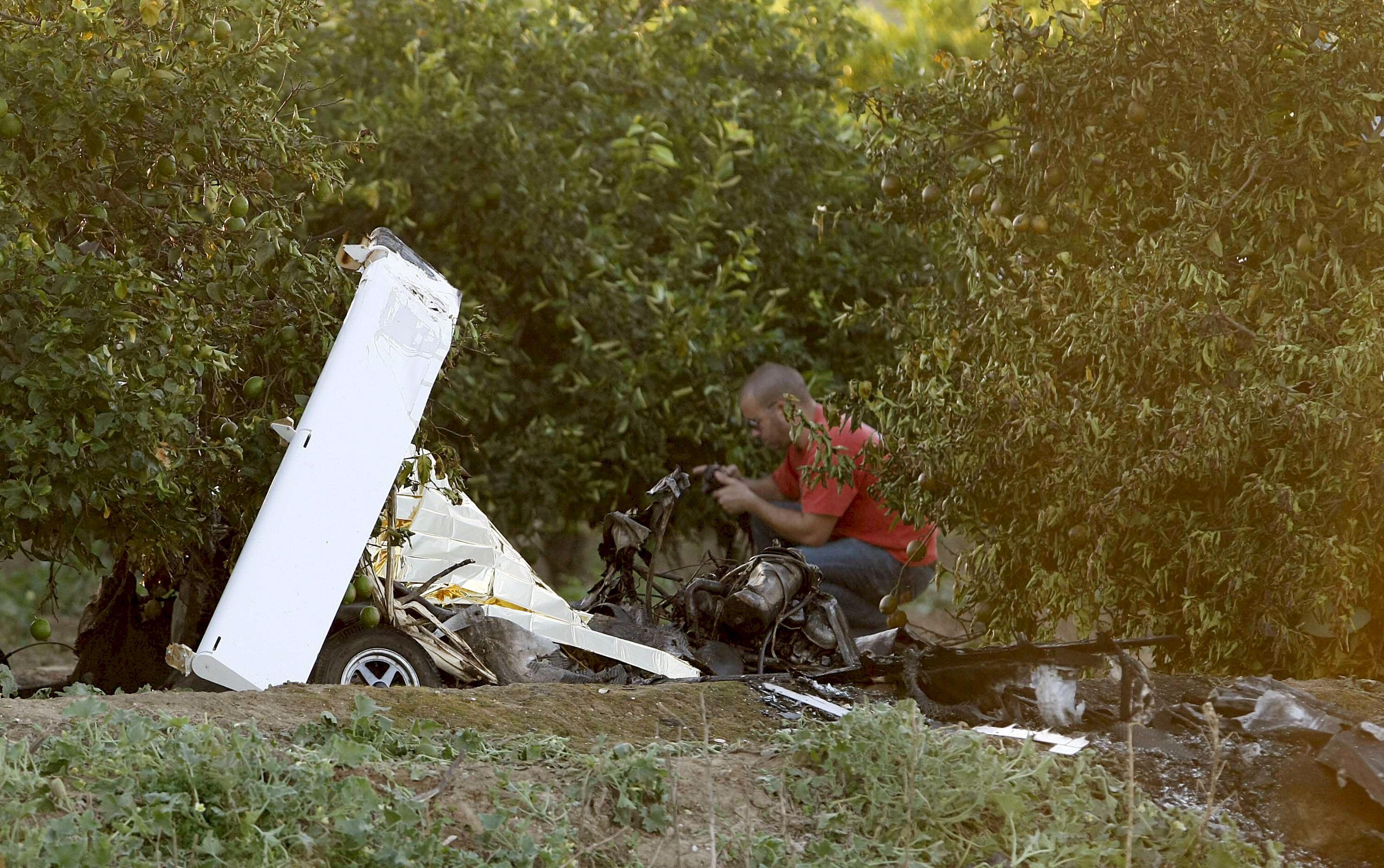 Mueren tres personas al estrellarse una avioneta en Mallorca