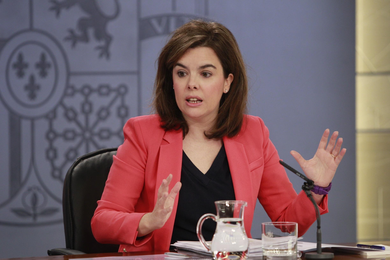 Sáenz de Santamaría a Chacón sobre la »Operación Campamento»: «Hay que gestionar como se debe»