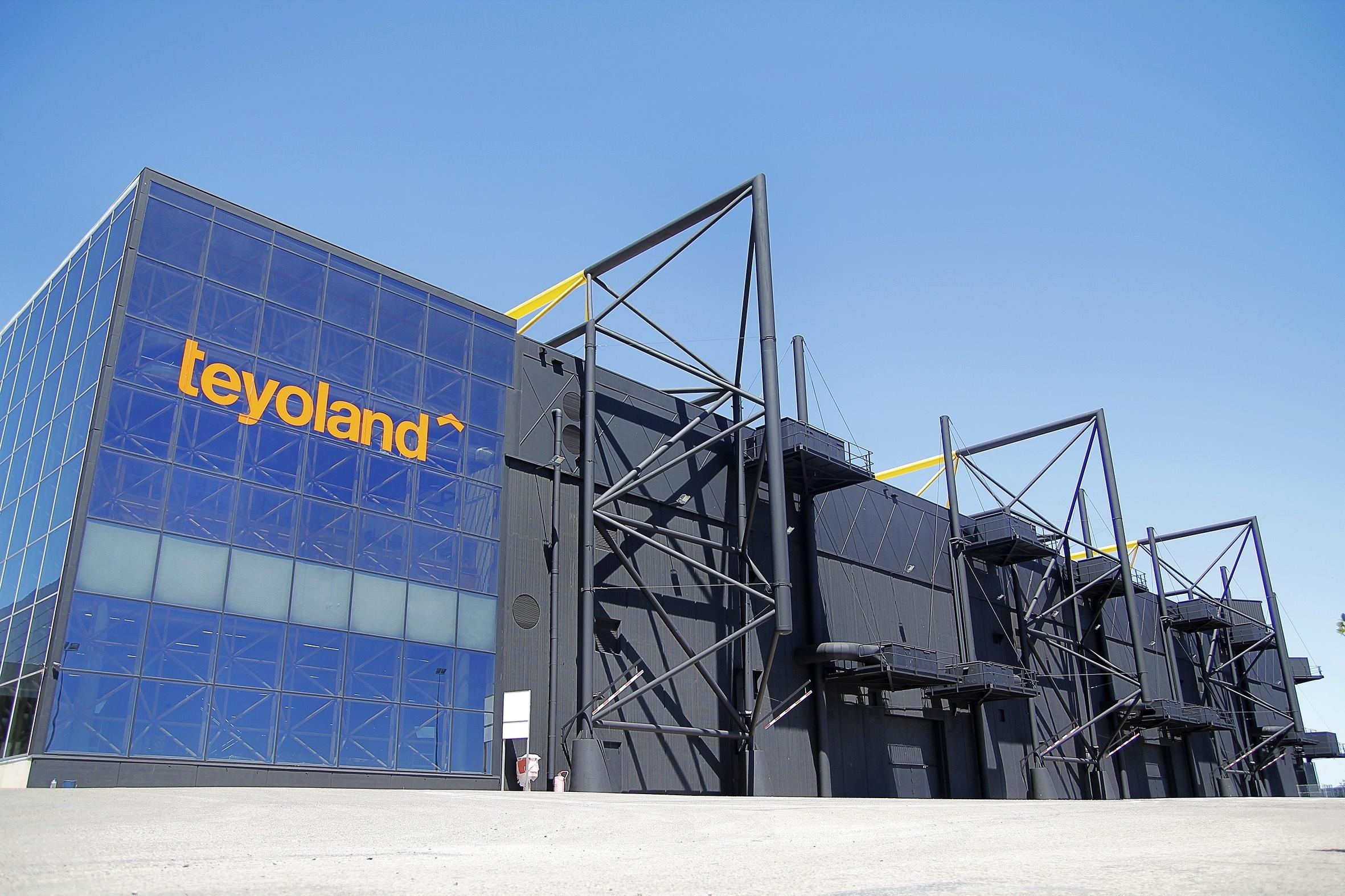 Teyoland contrata a 300 trabajadores para su tienda de Feria Valencia