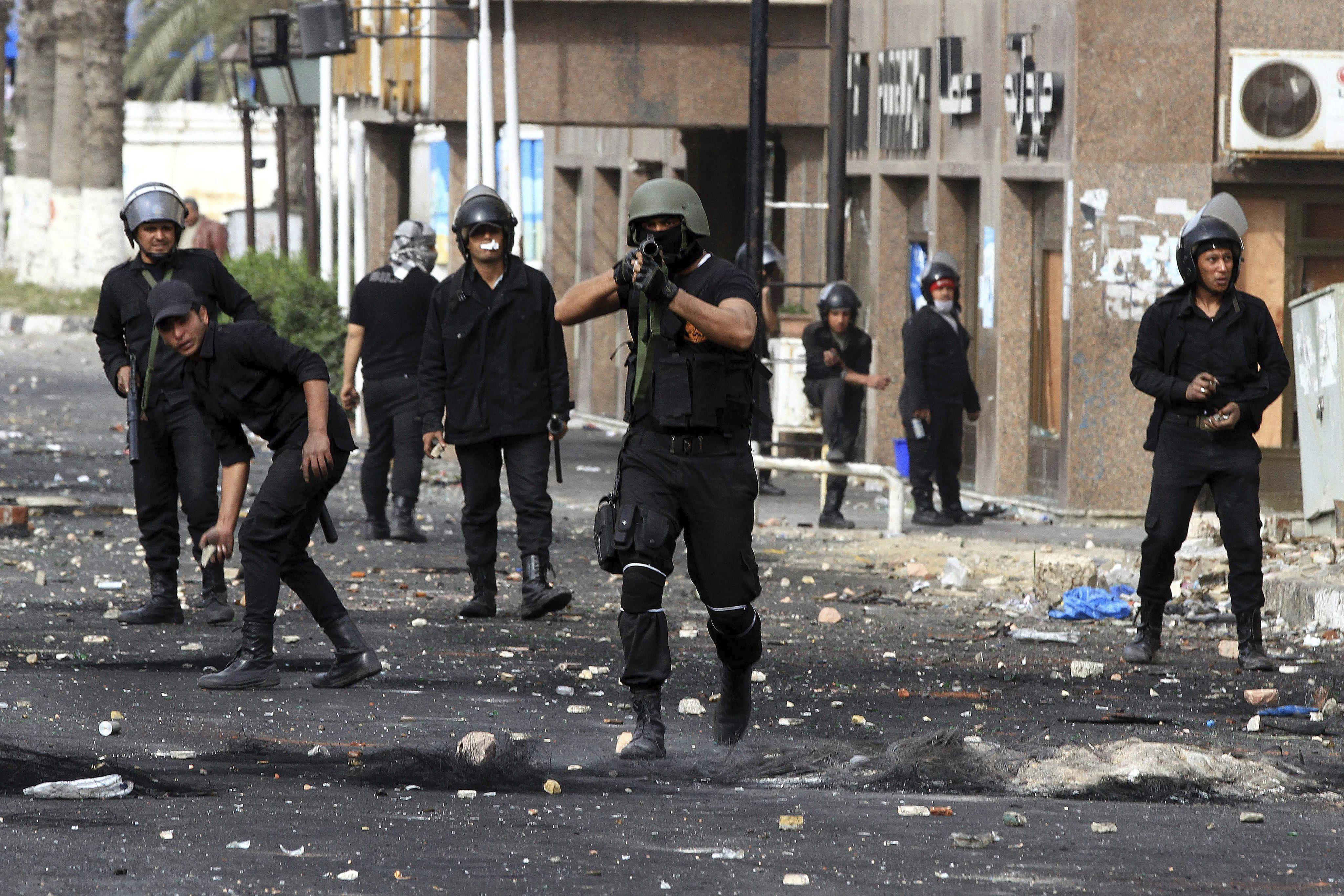 Un grupo armado asesina a dos policías y dos civiles en Colombia