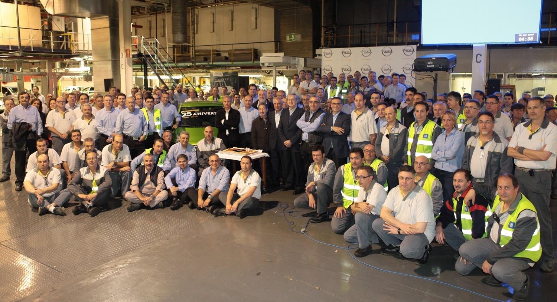 La planta de Opel de Figueruelas celebra el 25º aniversario del turno de noche