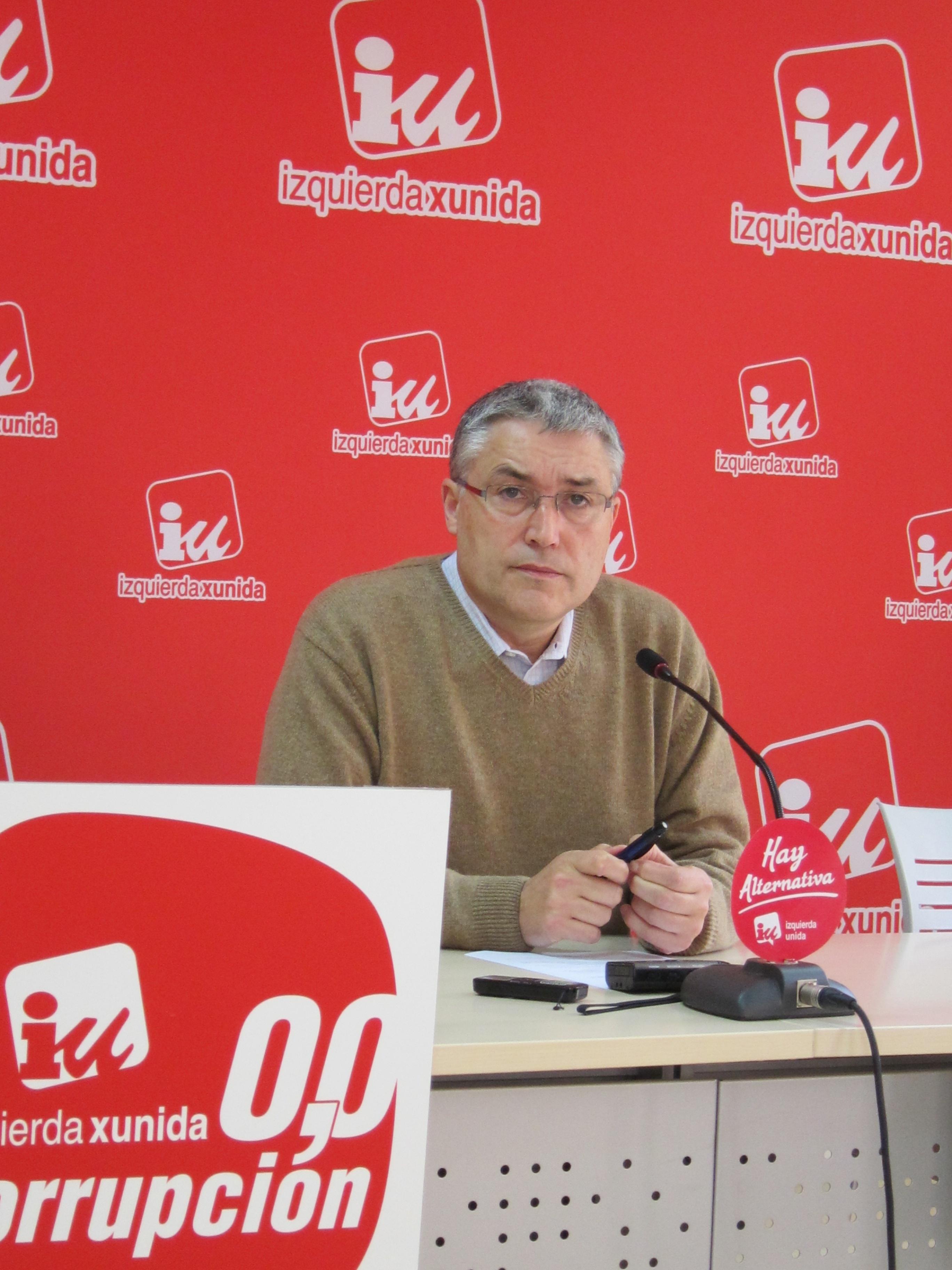 IU muestra su satisfacción tras apoyar la Junta General la reforma constitucional que propone el 15-M