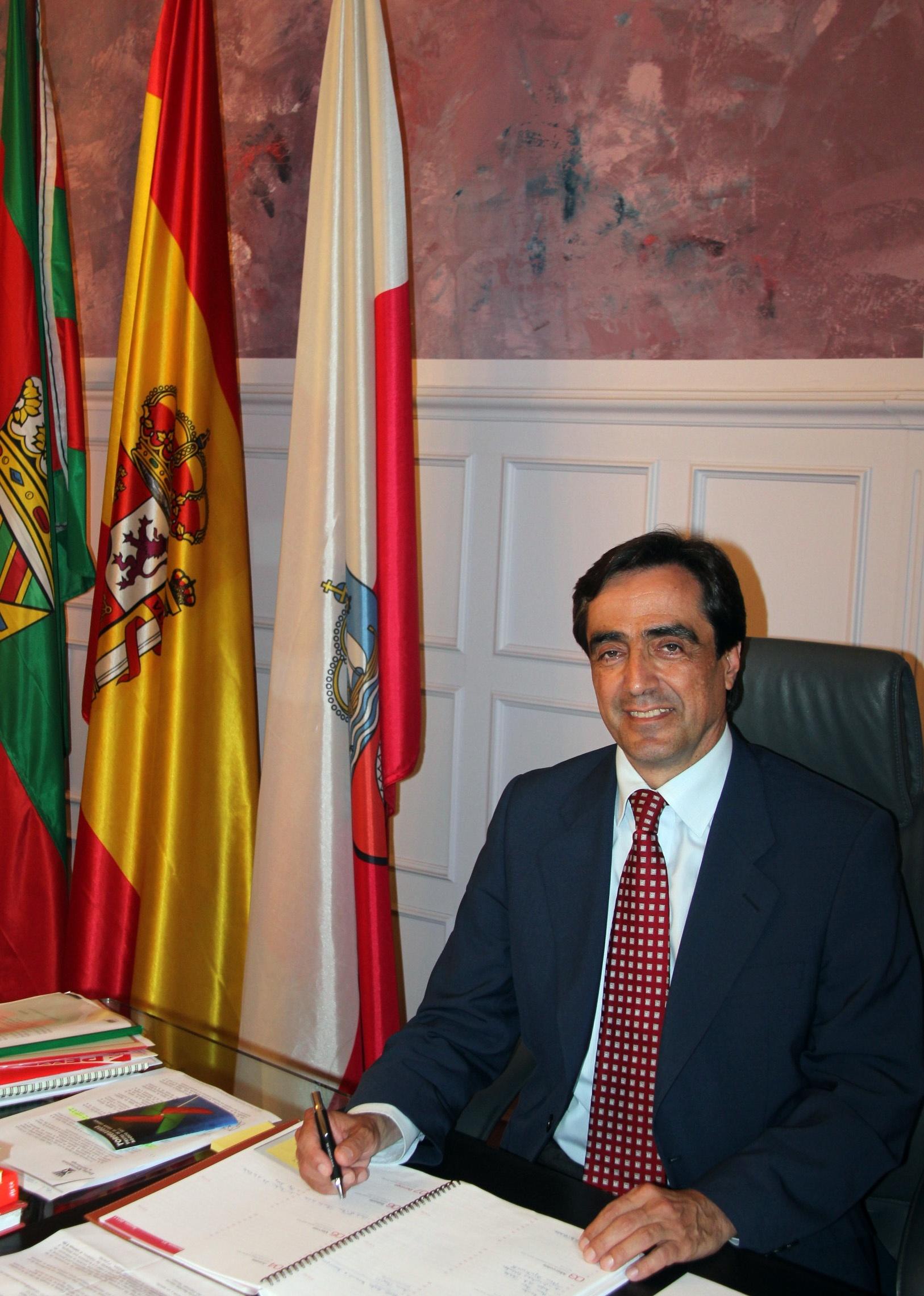 El Ayuntamiento suscribe convenios de ayuda con ocho clubes deportivos por casi 127.000 euros