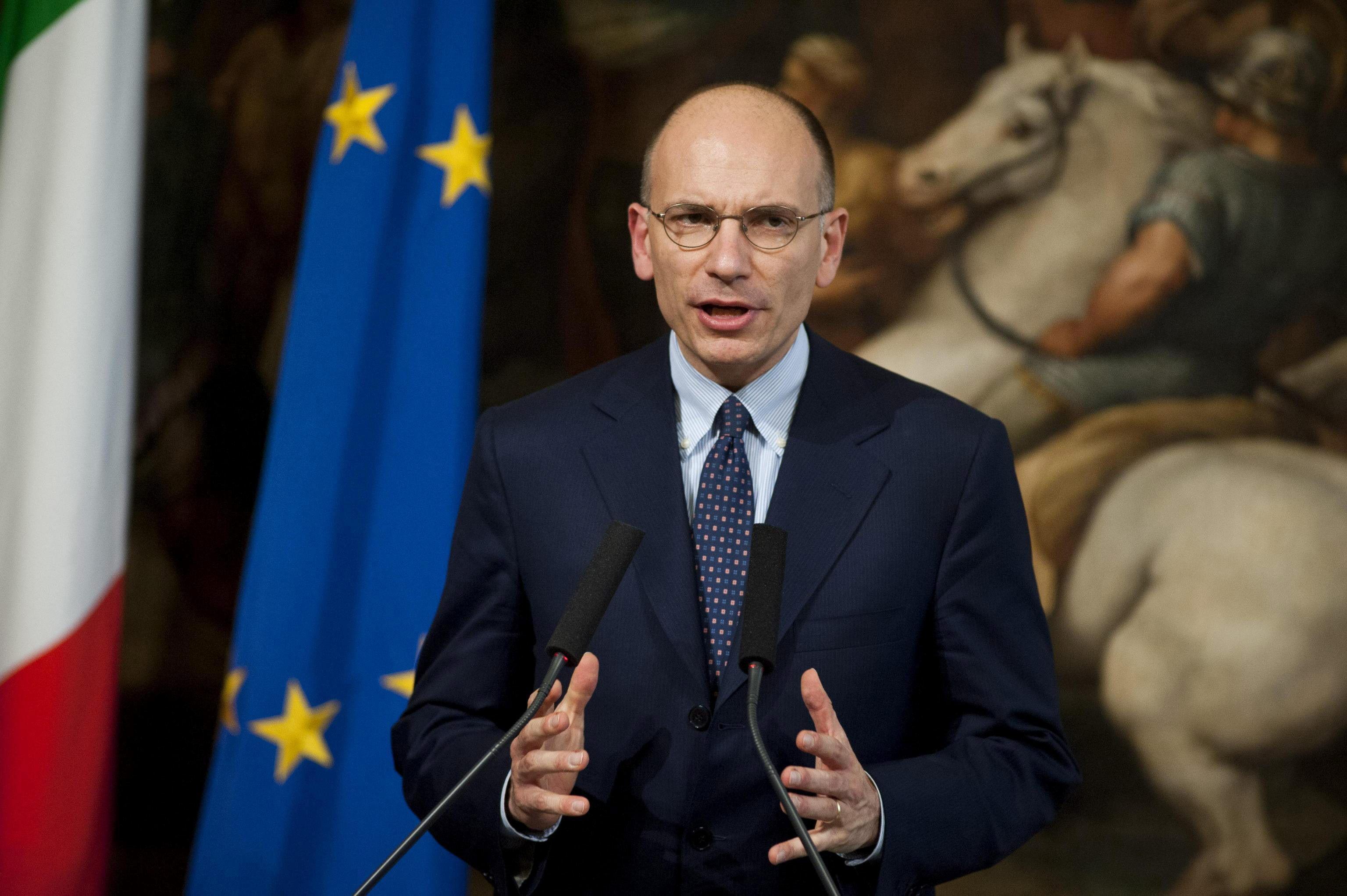 Letta se disculpa con los italianos que se ven obligados a emigrar