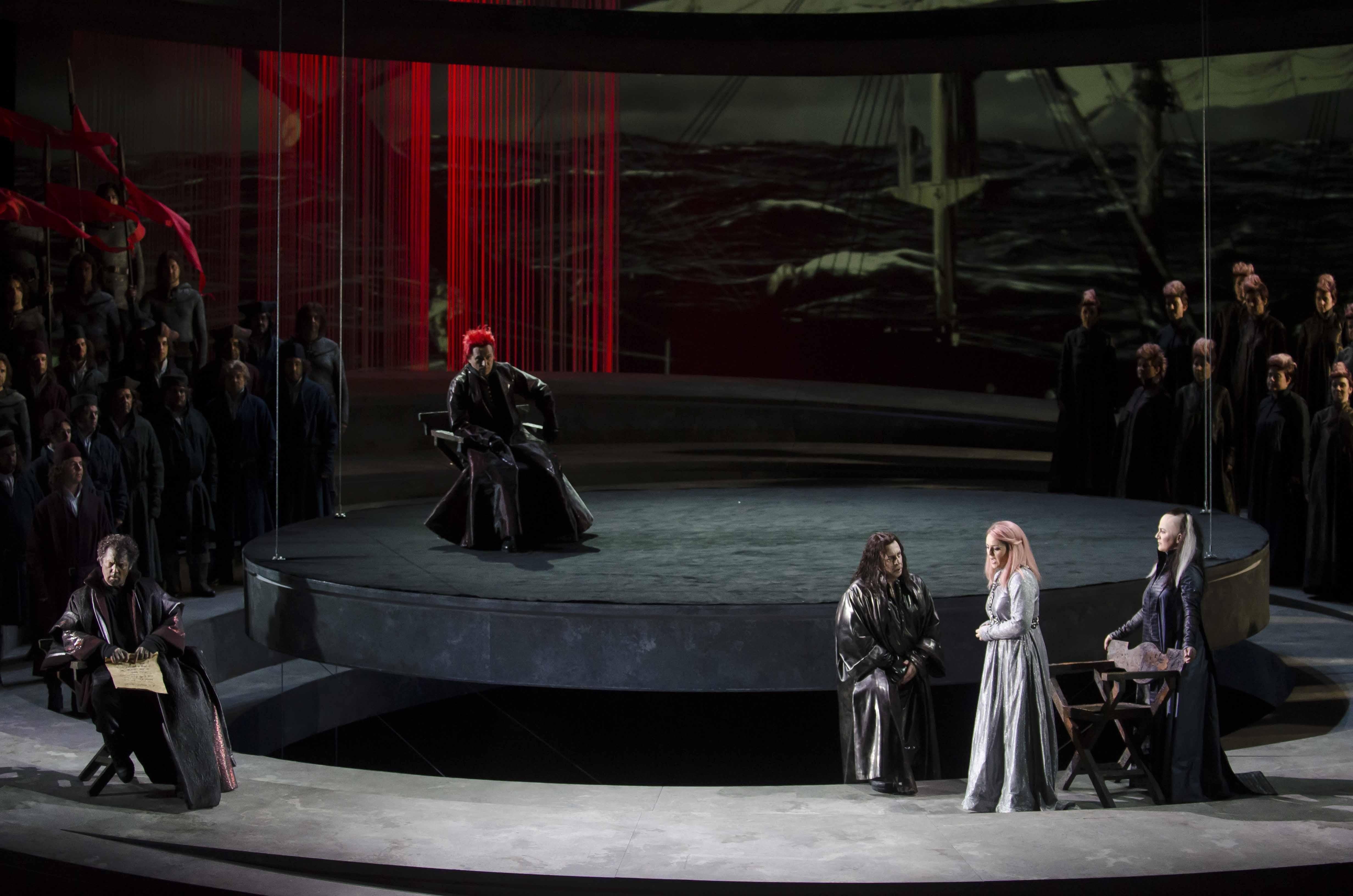 Mehta pone en pie al público el Palau del Palau de les Arts con un »Otello» de luz