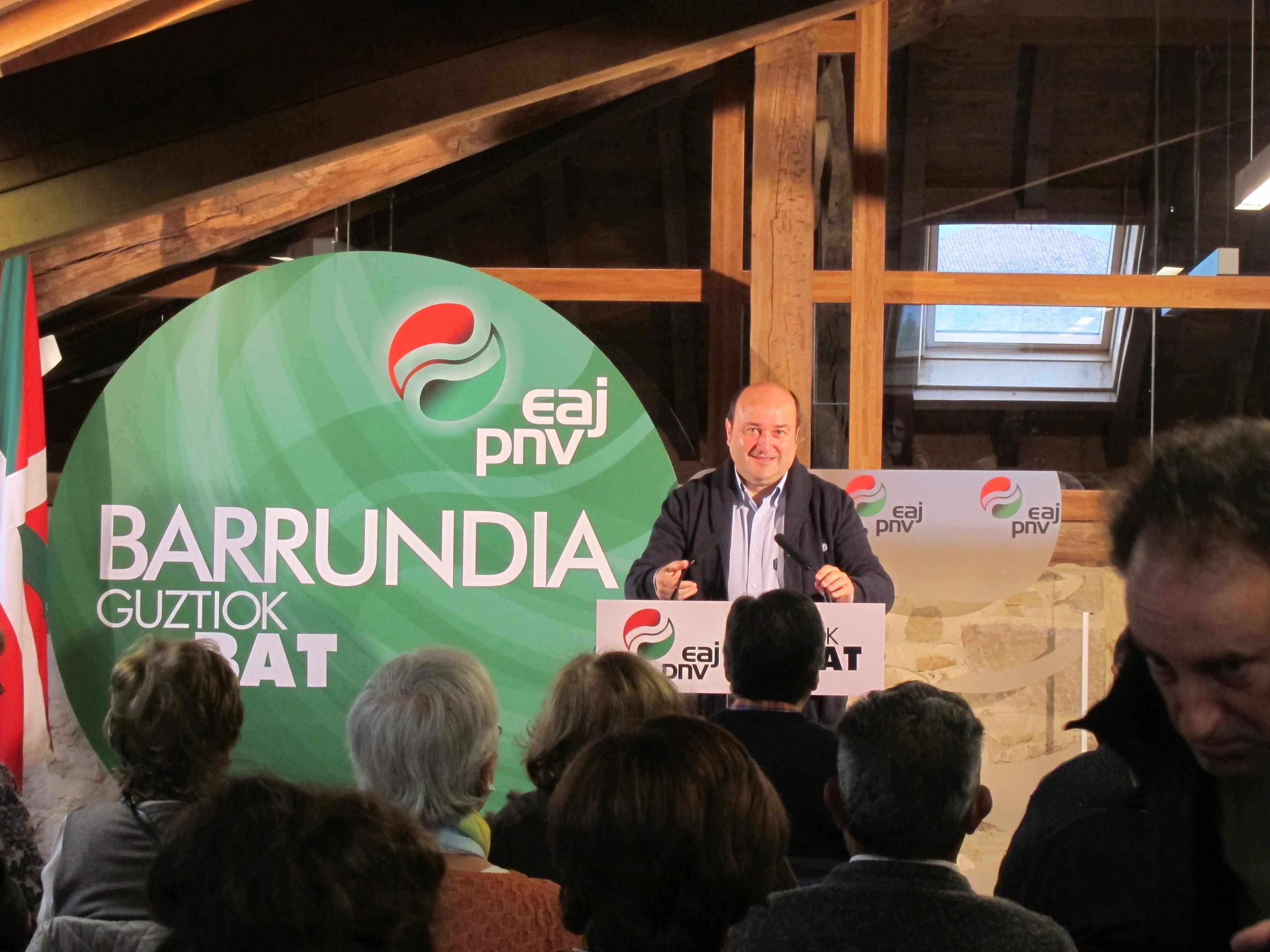 Ortuzar espera que la reunión con el PSE de este lunes «abra un nuevo espacio» para el acuerdo y la negociación