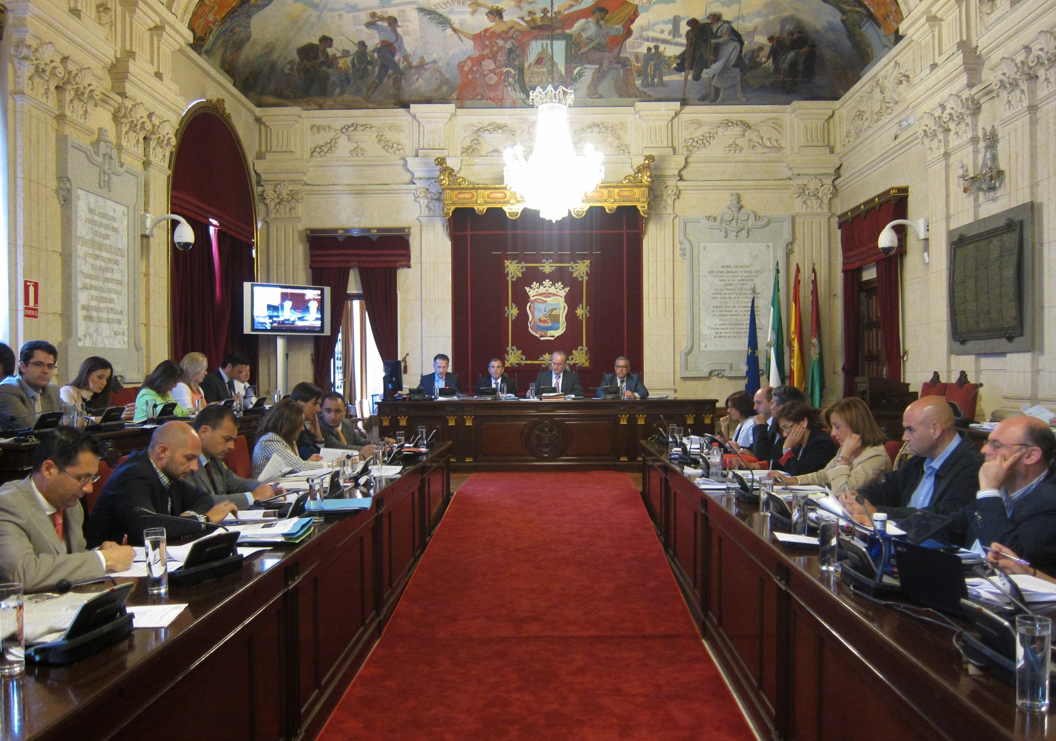 Ayuntamiento exige a Junta paralizar la modificación del proyecto del metro en el tramo Renfe-Guadalmedina