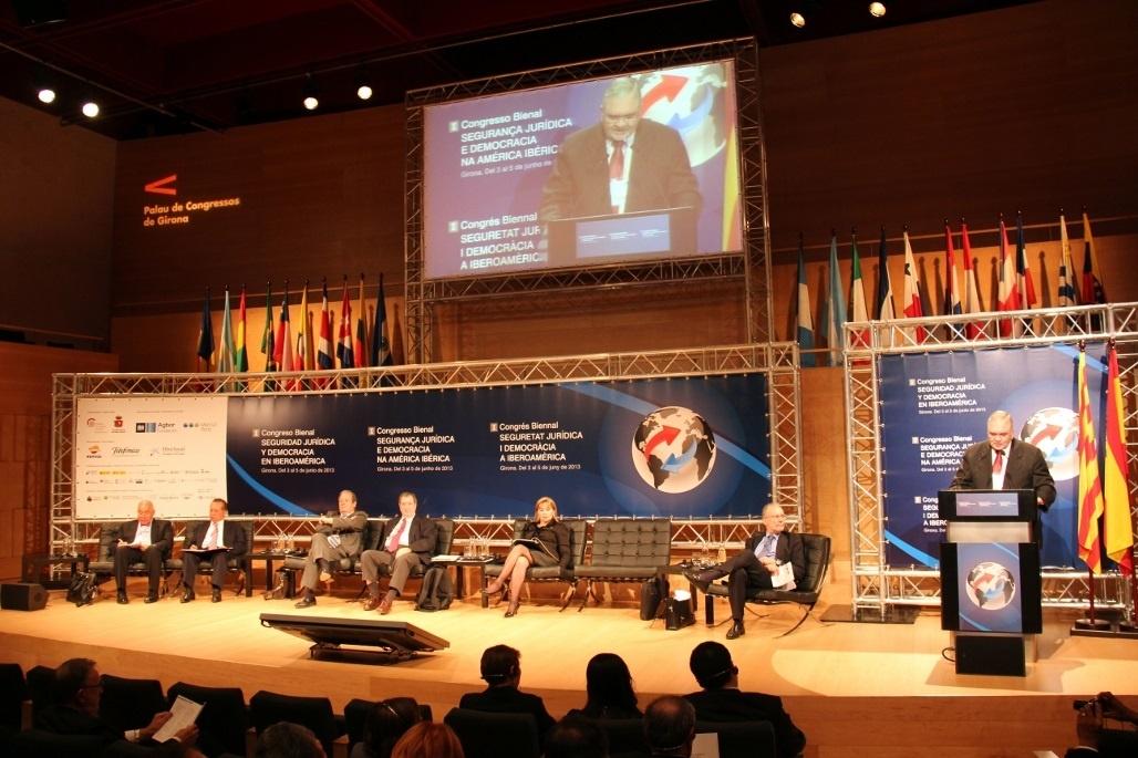 El Congreso de Seguridad Jurídica aborda la independencia de los jueces en América Latina