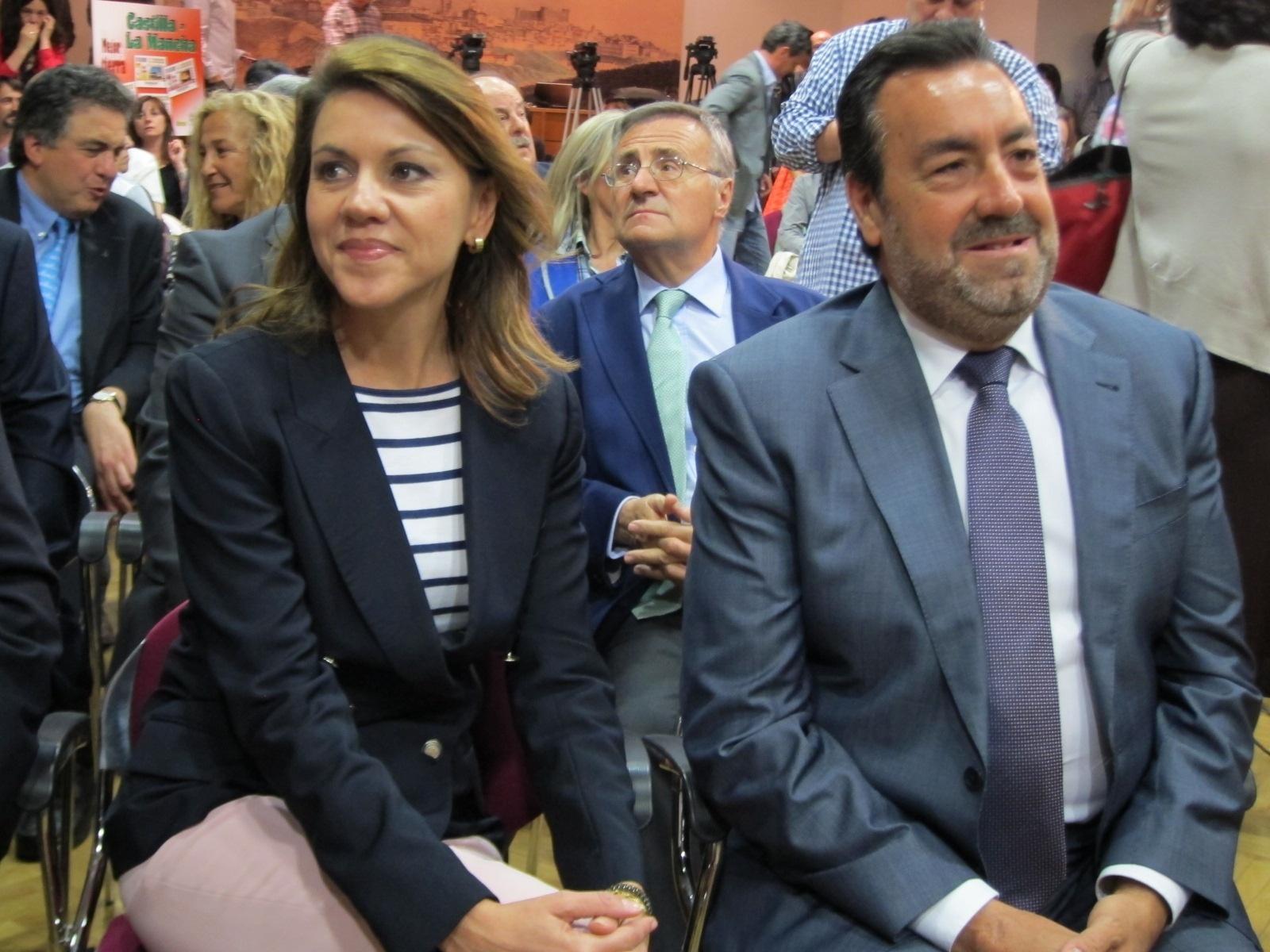 Cospedal aplaude que la ONCE dedique sus cupones a Castilla-La Mancha porque «ayudan mucho a darnos a conocer»