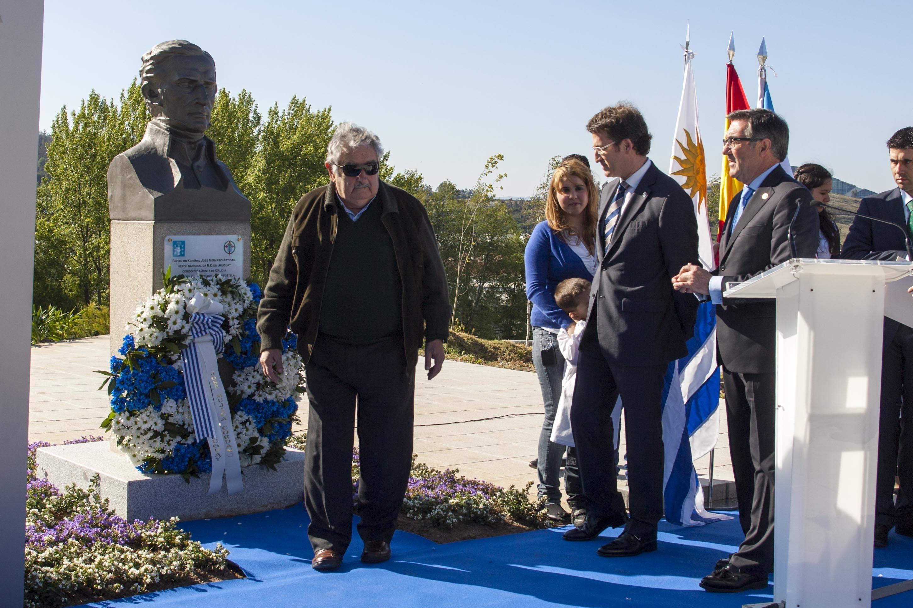 Feijóo reivindica la cooperación de Galicia y Uruguay y agradece la mano tendida de Mujica para nuevos proyectos comunes