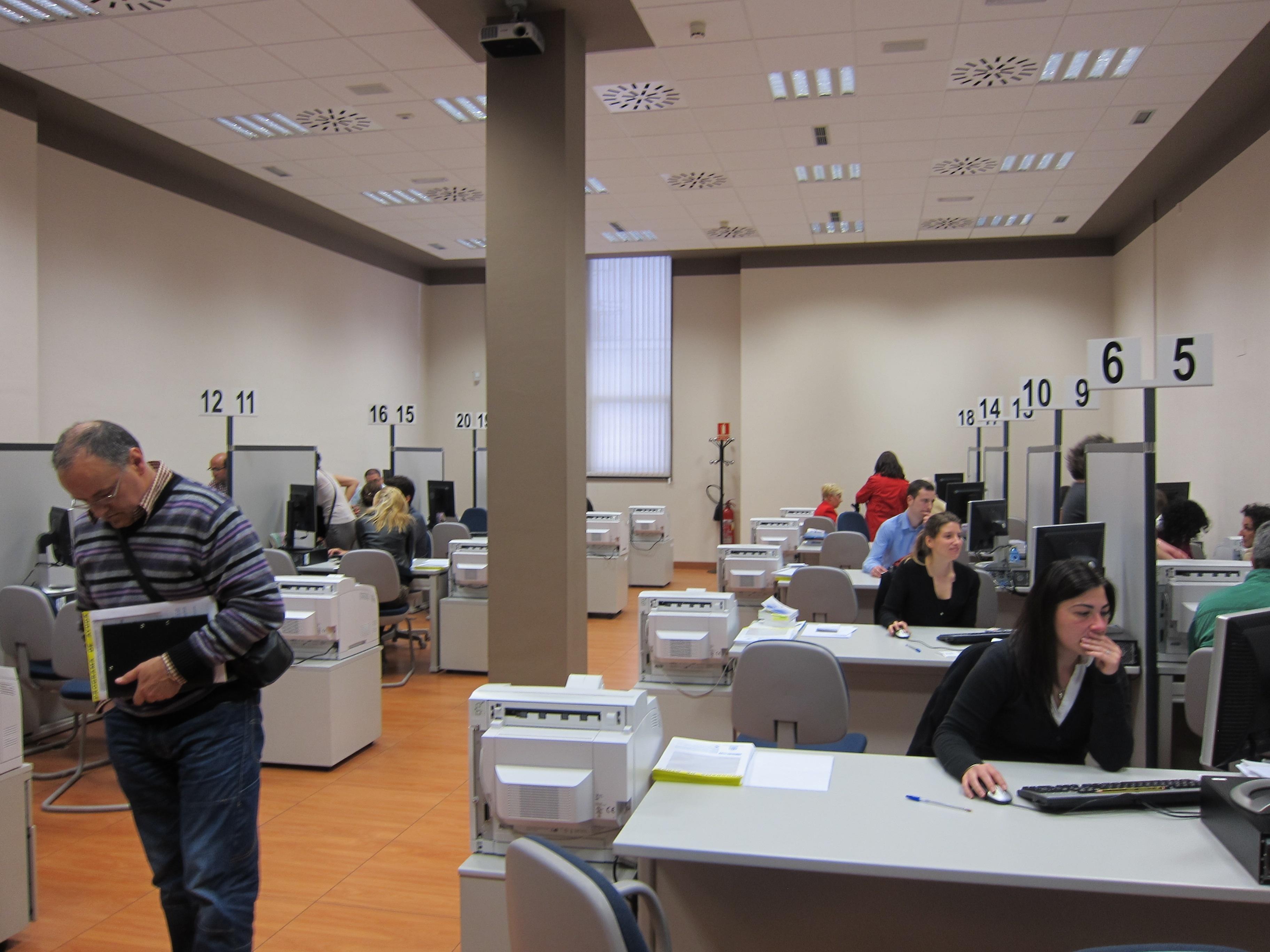 Hacienda ha devuelto más de 53 millones de euros a 75.570 contribuyentes cántabros del IRPF
