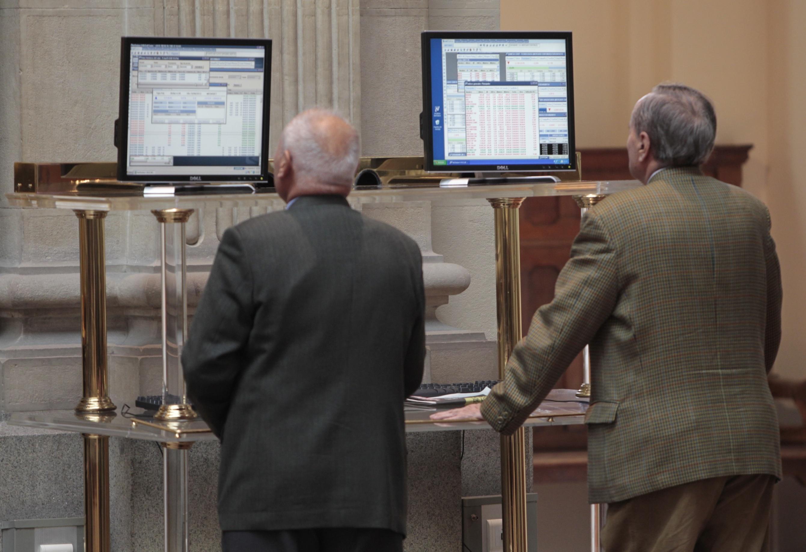 El Ibex cae un 0,6% en la apertura y pierde los 8.300 enteros