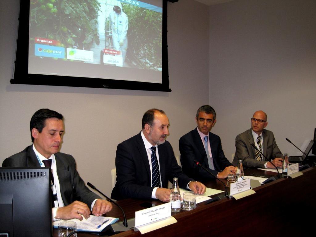 Junta señala la posición «reforzada» de la horticultura almeriense tras dos años de la crisis del »E. coli»