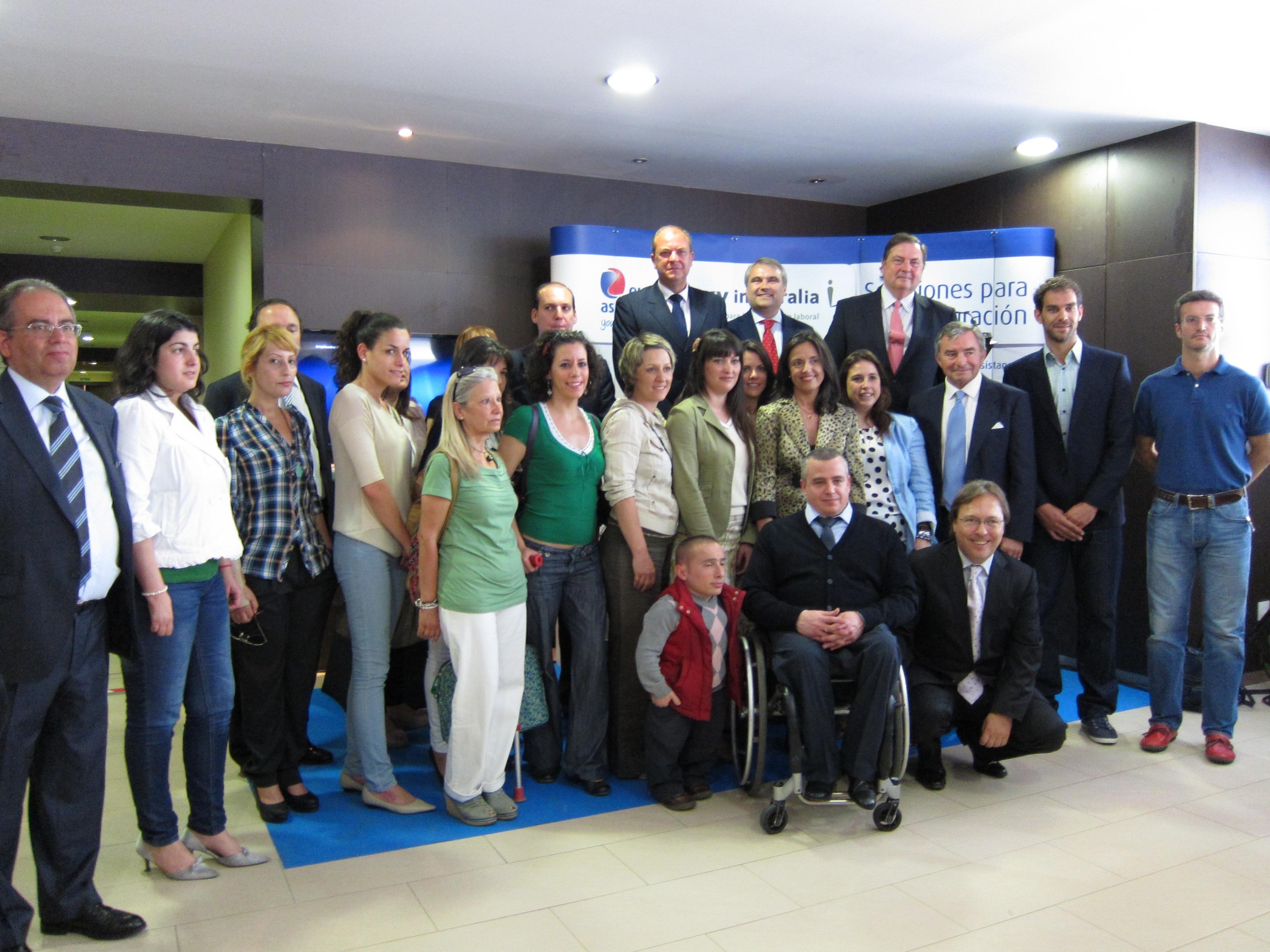 Monago anuncia la próxima publicación del decreto regulador de la autoevaluación de la Responsabilidad Social