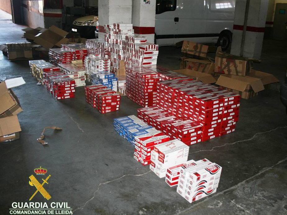 Recuperan 520.000 cajetillas de tabaco a una red de contrabando con 17 detenidos