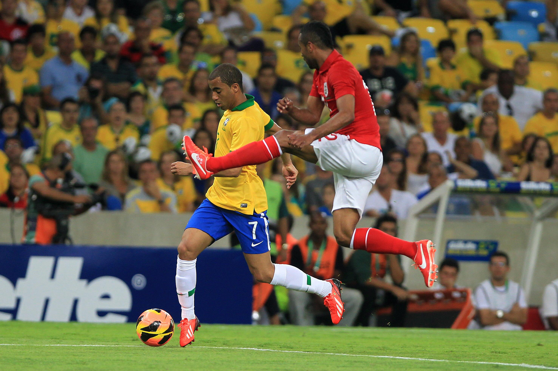 Scolari está satisfecho y repetirá el once titular de Brasil