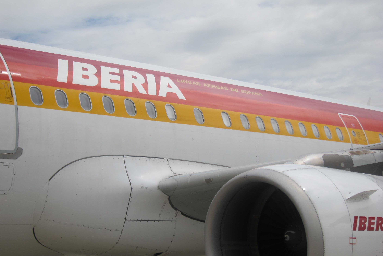 UGT pide anular el recorte de salarios del 4% en Iberia y propone que vuelvan a abrirse mesas de negociación