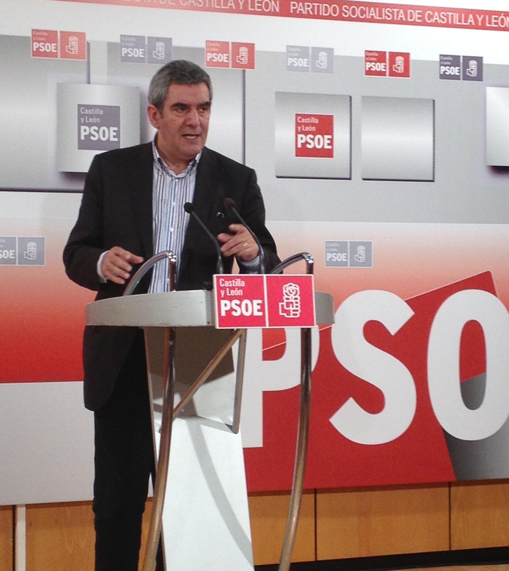 Villarrubia advierte a la Junta de que no apoyará «posiciones partidistas» sobre el reparto del déficit