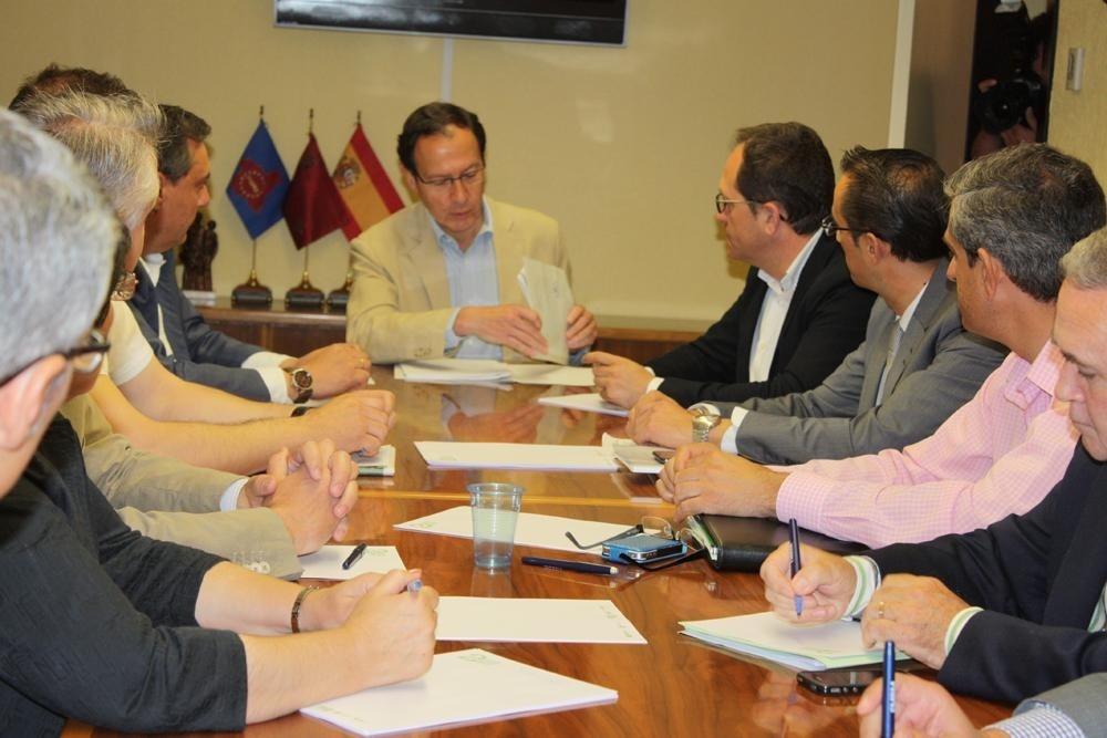 Los 9 municipios más pequeños de la Región podrán recibir competencias en los mismo términos que los de mayor población