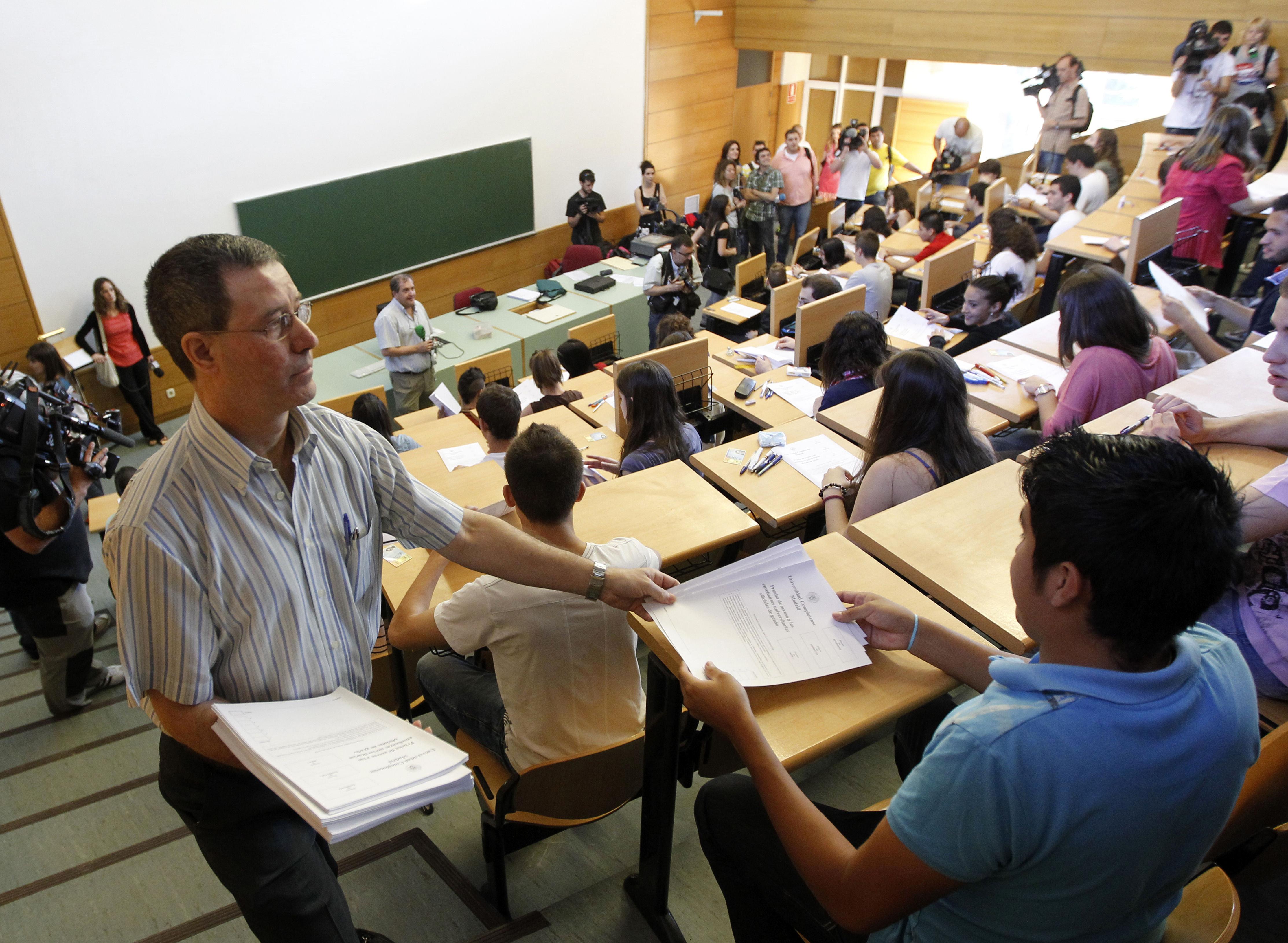 La selectividad comienza este martes en Asturias que optarán a 37 titulaciones