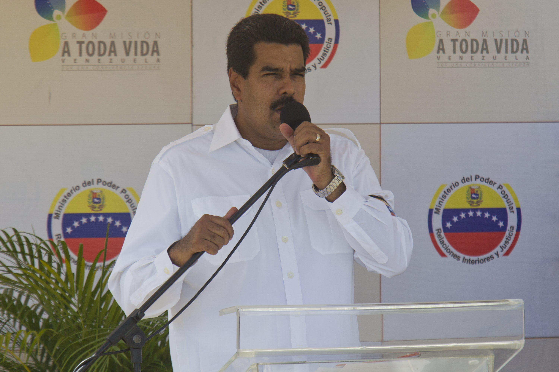 Maduro acusa a Santos de adoptar un giro negativo en política y pide una reunión de la Unasur