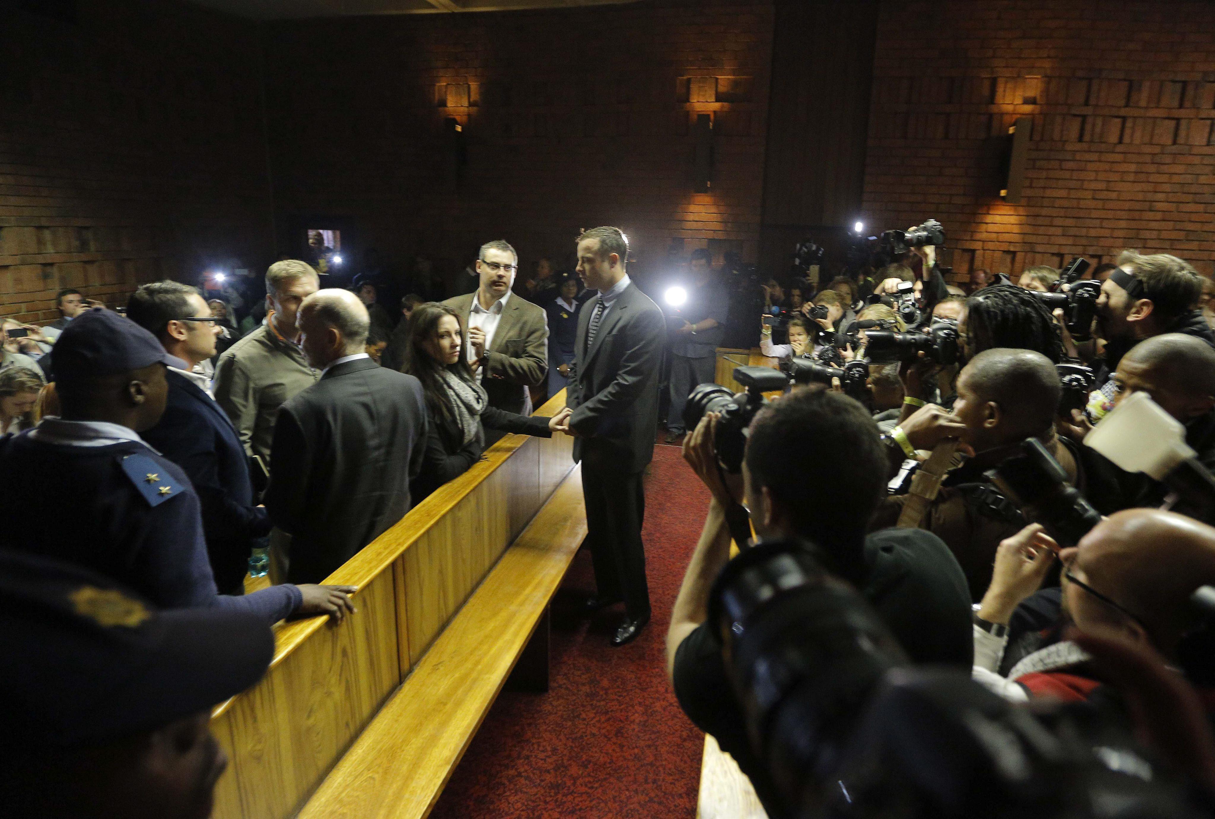 La justicia sudafricana aplaza la vista previa al juicio a Pistorius al 19 de agosto