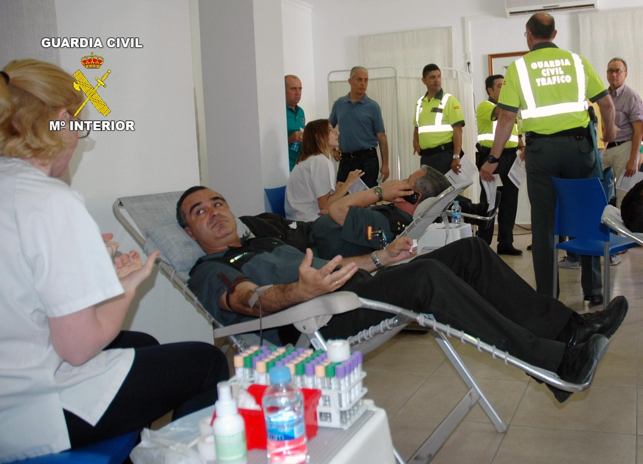La Guardia Civil participa en la campaña de donación de sangre en Murcia