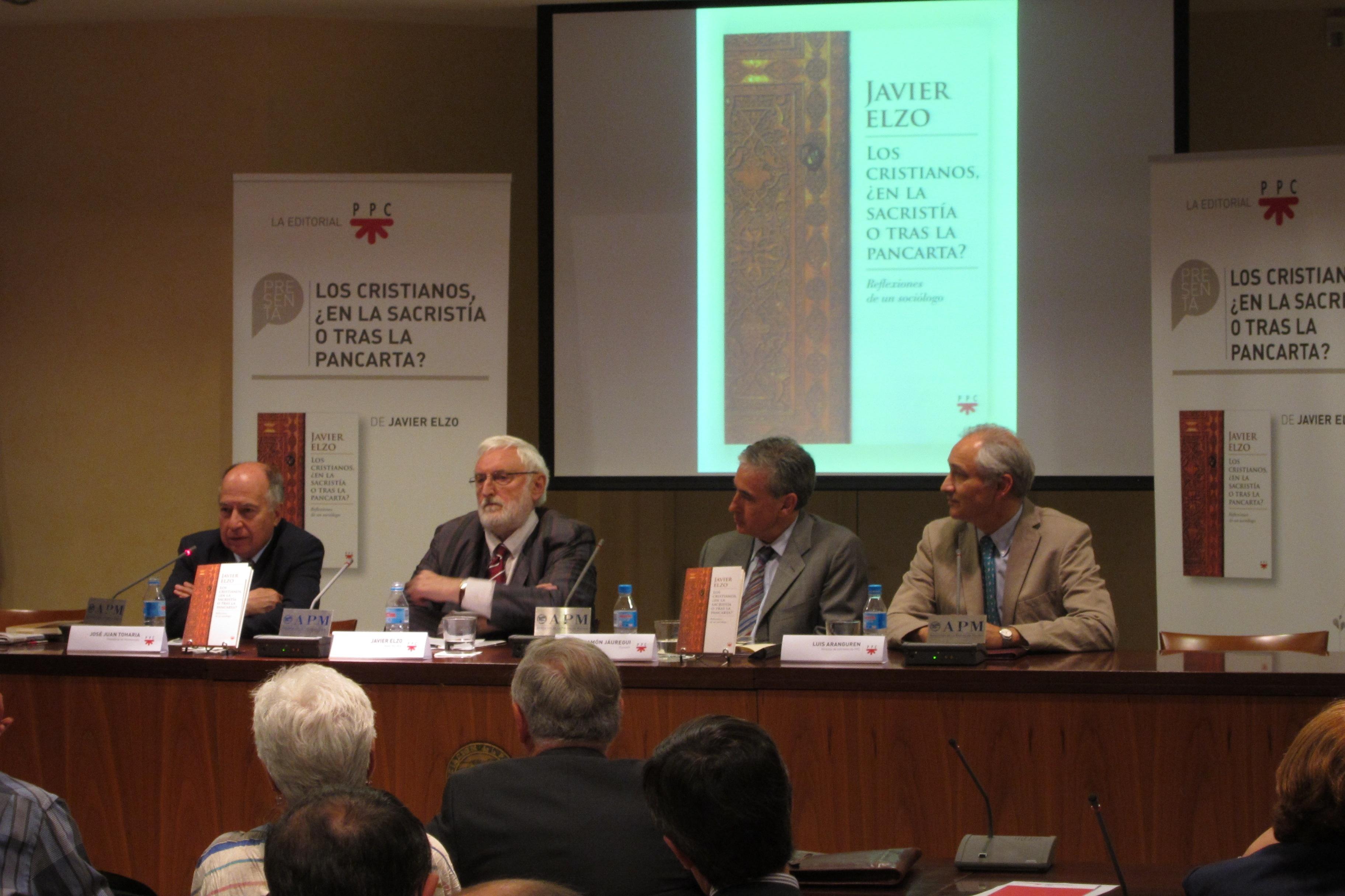 Jáuregui lamenta no haber logrado en 20 años instalar en el PSOE una concepción «tolerante e incluyente» de la religión