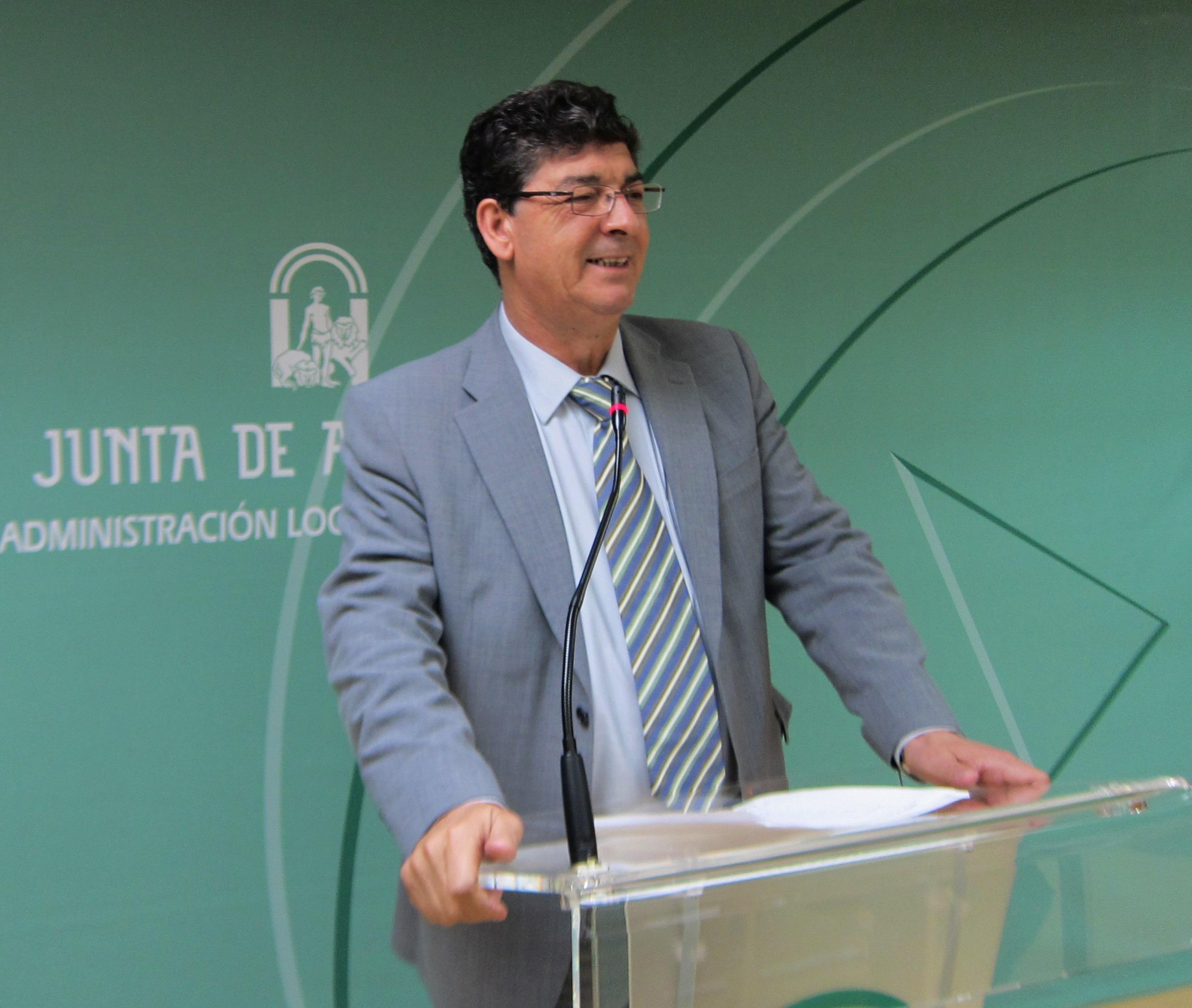 Valderas garantiza que Andalucía recuperará las competencias del Guadalquivir si IU tiene poder en el próximo Gobierno