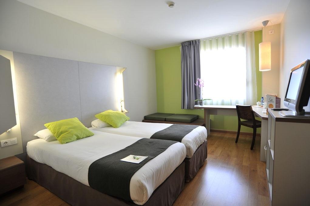 El precio de los hoteles cae un 18% en Cantabria en junio, con una media de 70 euros por noche